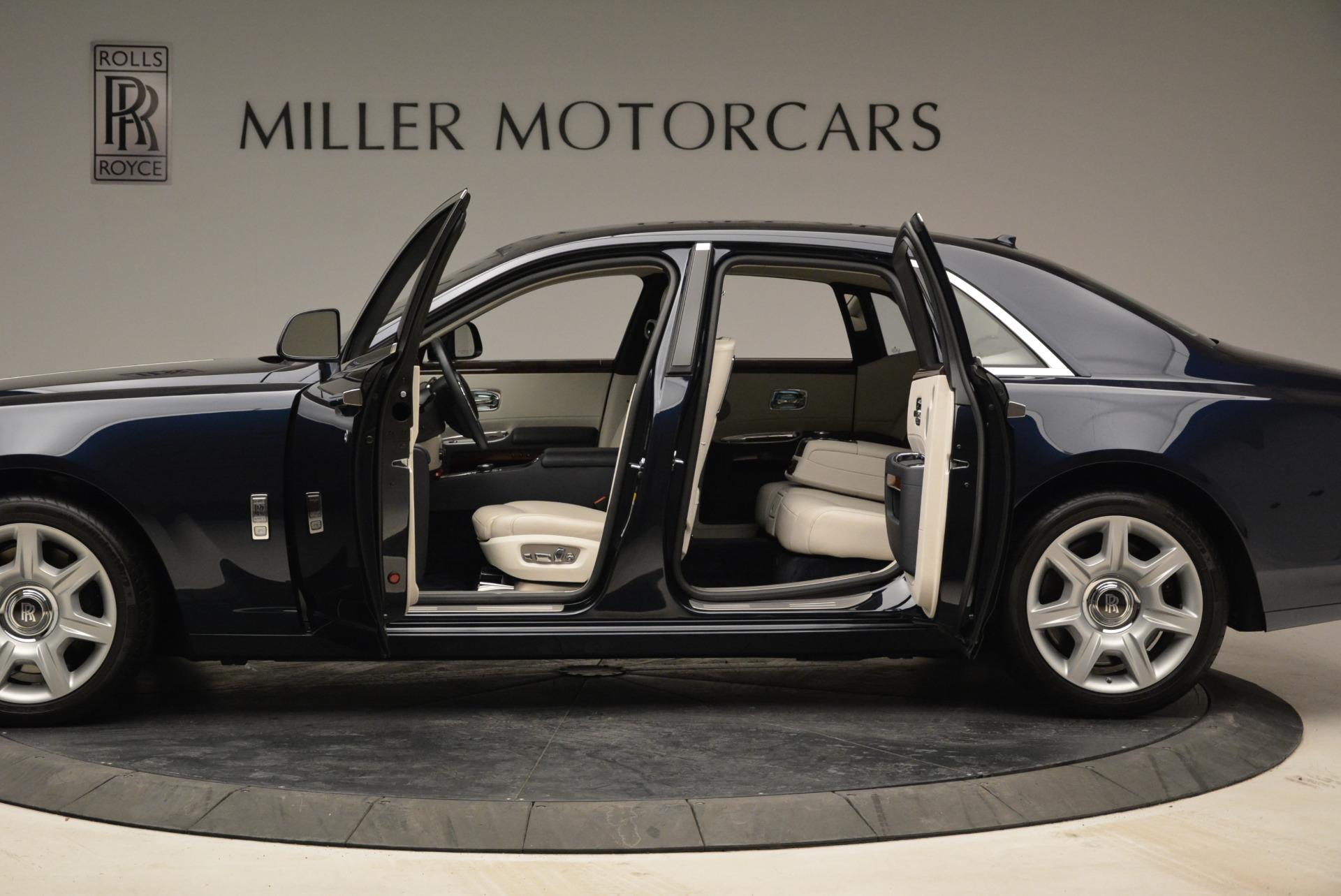Used 2015 Rolls-Royce Ghost  For Sale In Westport, CT 1980_p17