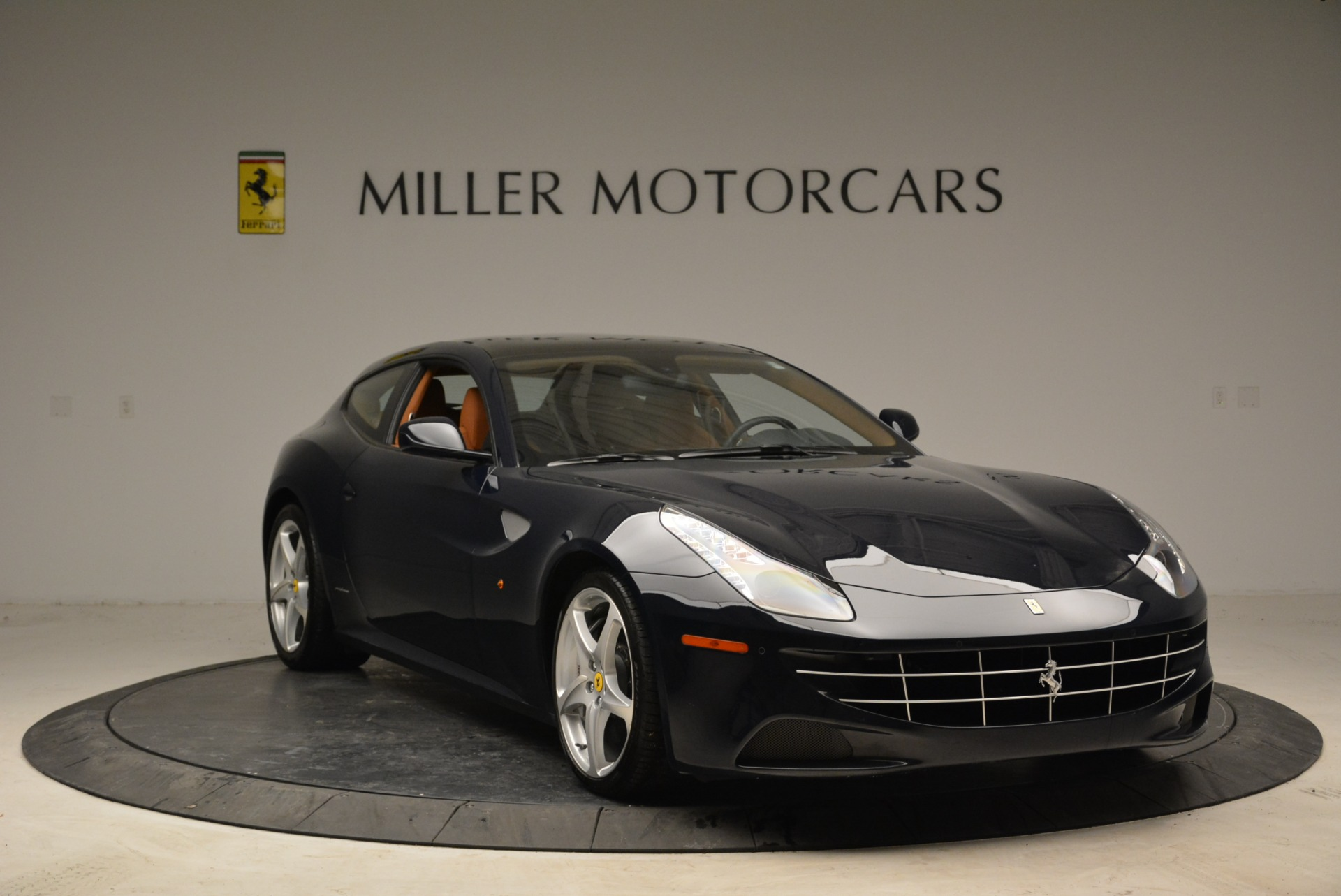 Used 2014 Ferrari FF  For Sale In Westport, CT 1989_p11