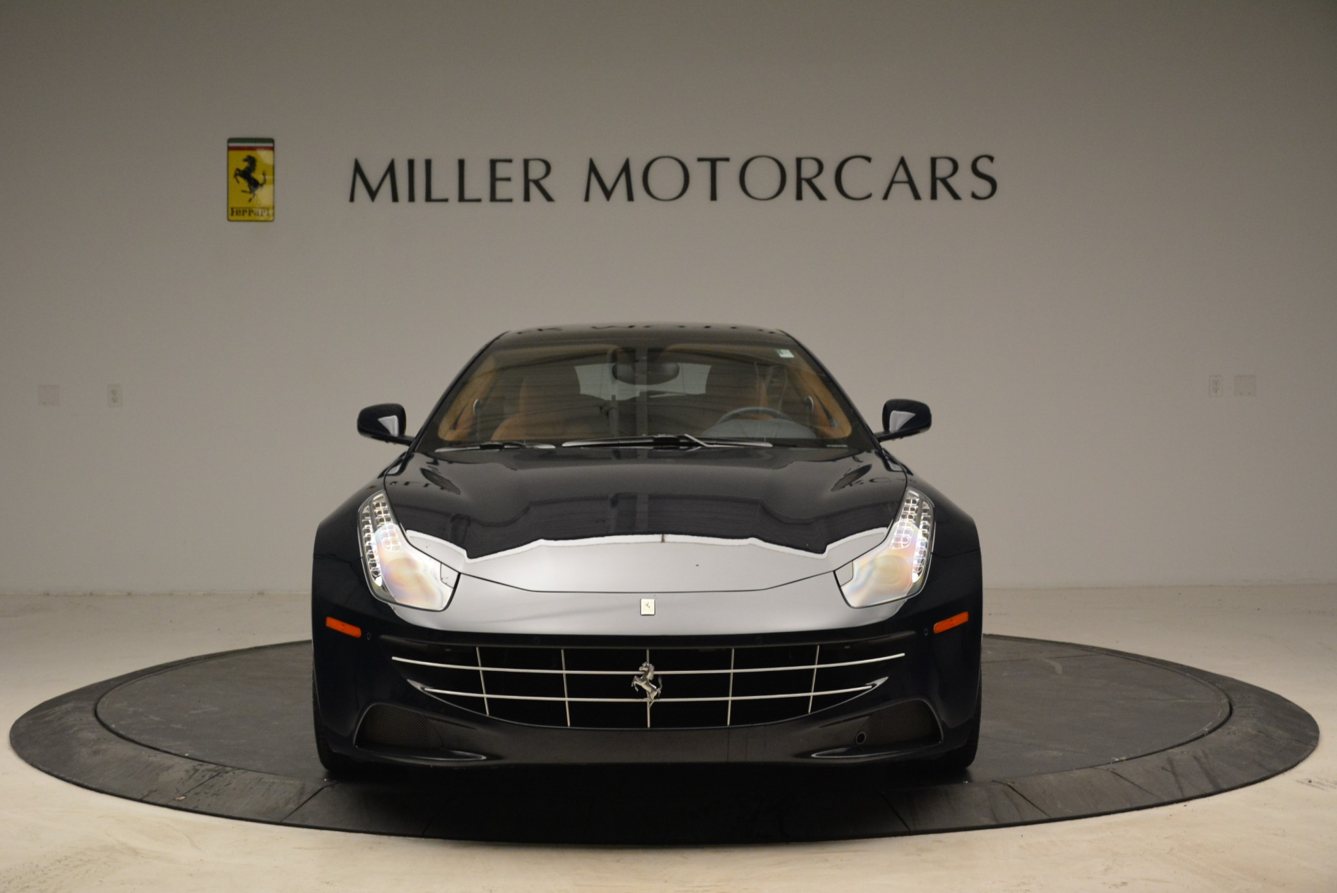 Used 2014 Ferrari FF  For Sale In Westport, CT 1989_p12