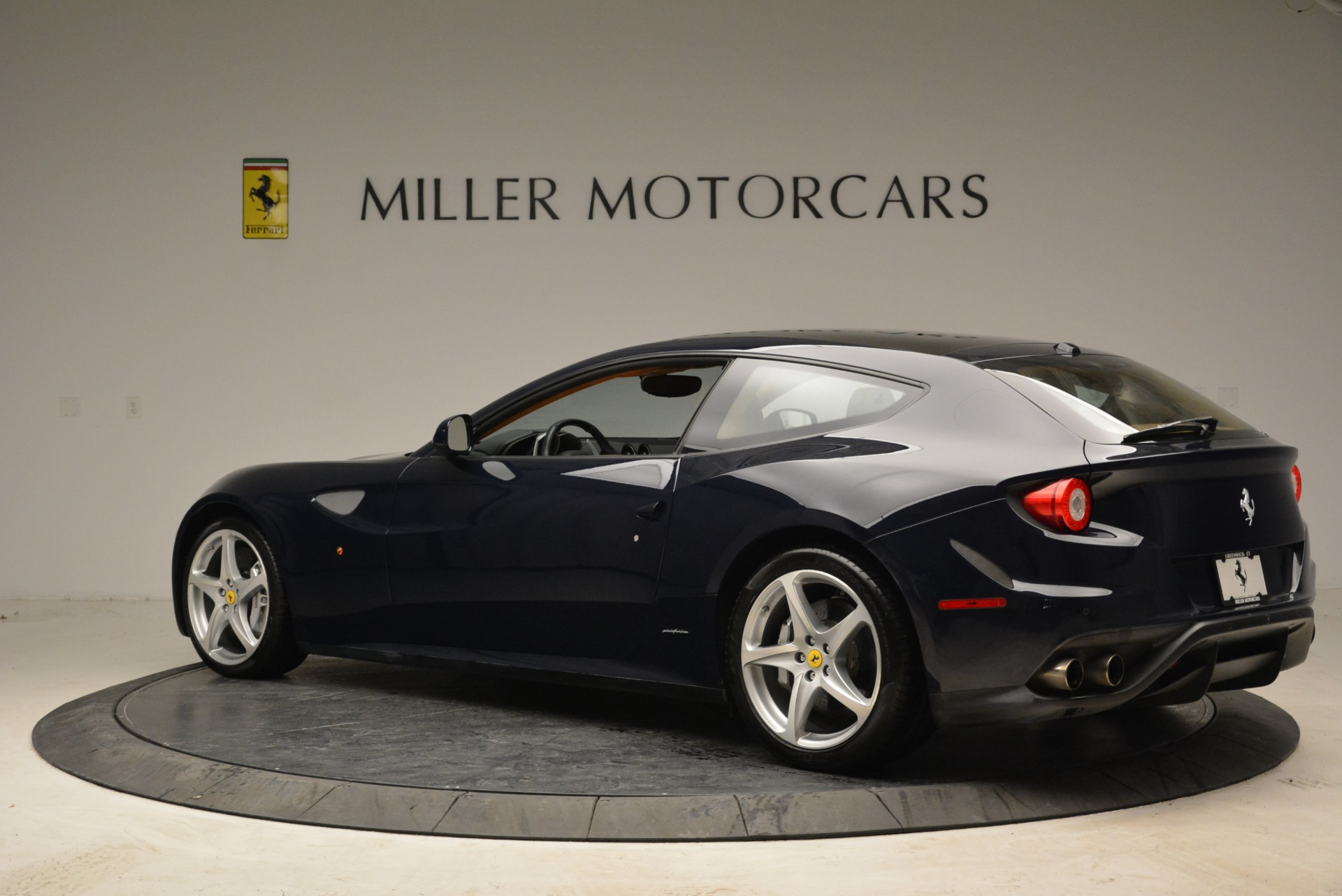 Used 2014 Ferrari FF  For Sale In Westport, CT 1989_p4