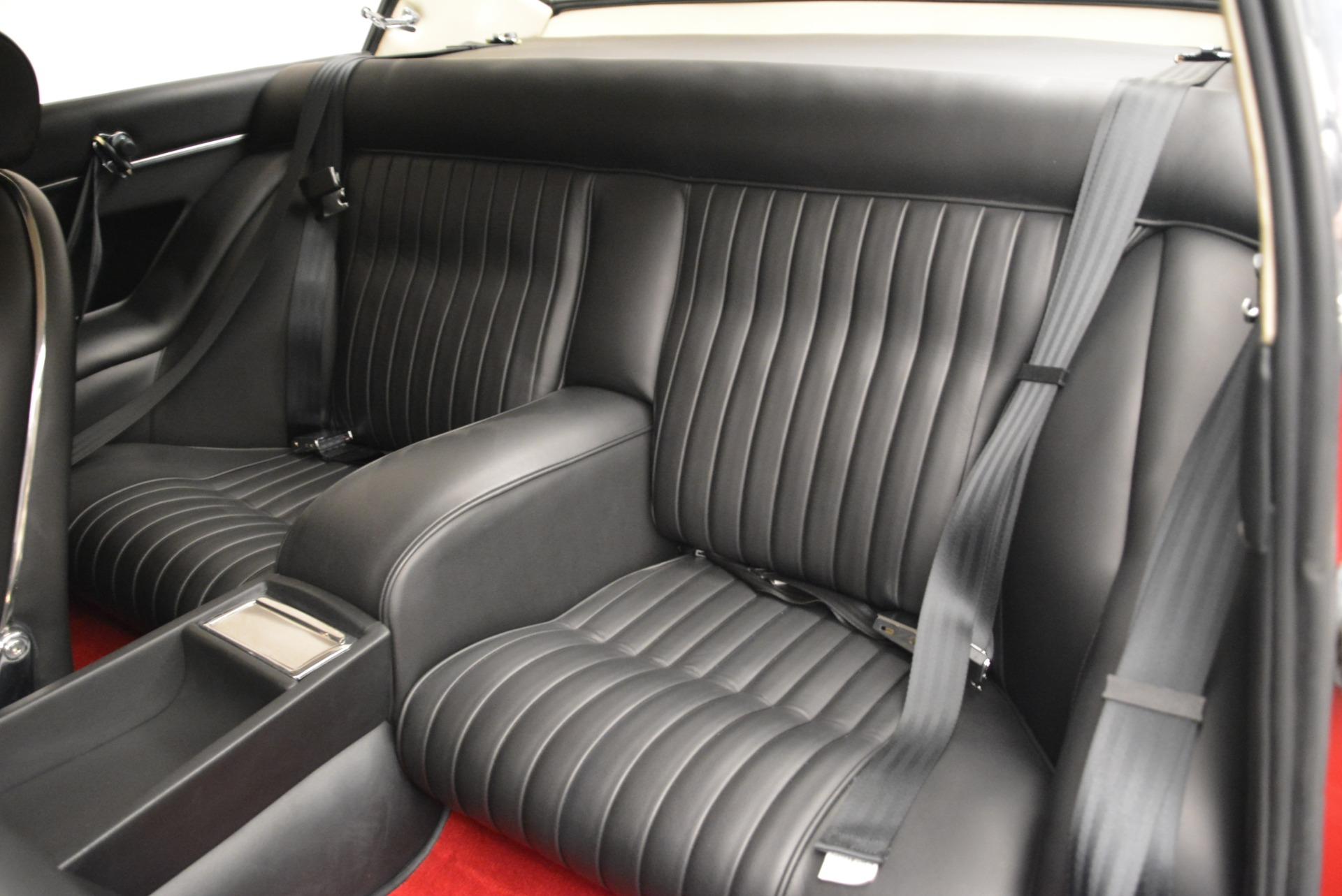 Used 1969 Ferrari 365 GT 2+2  For Sale In Westport, CT 1995_p17