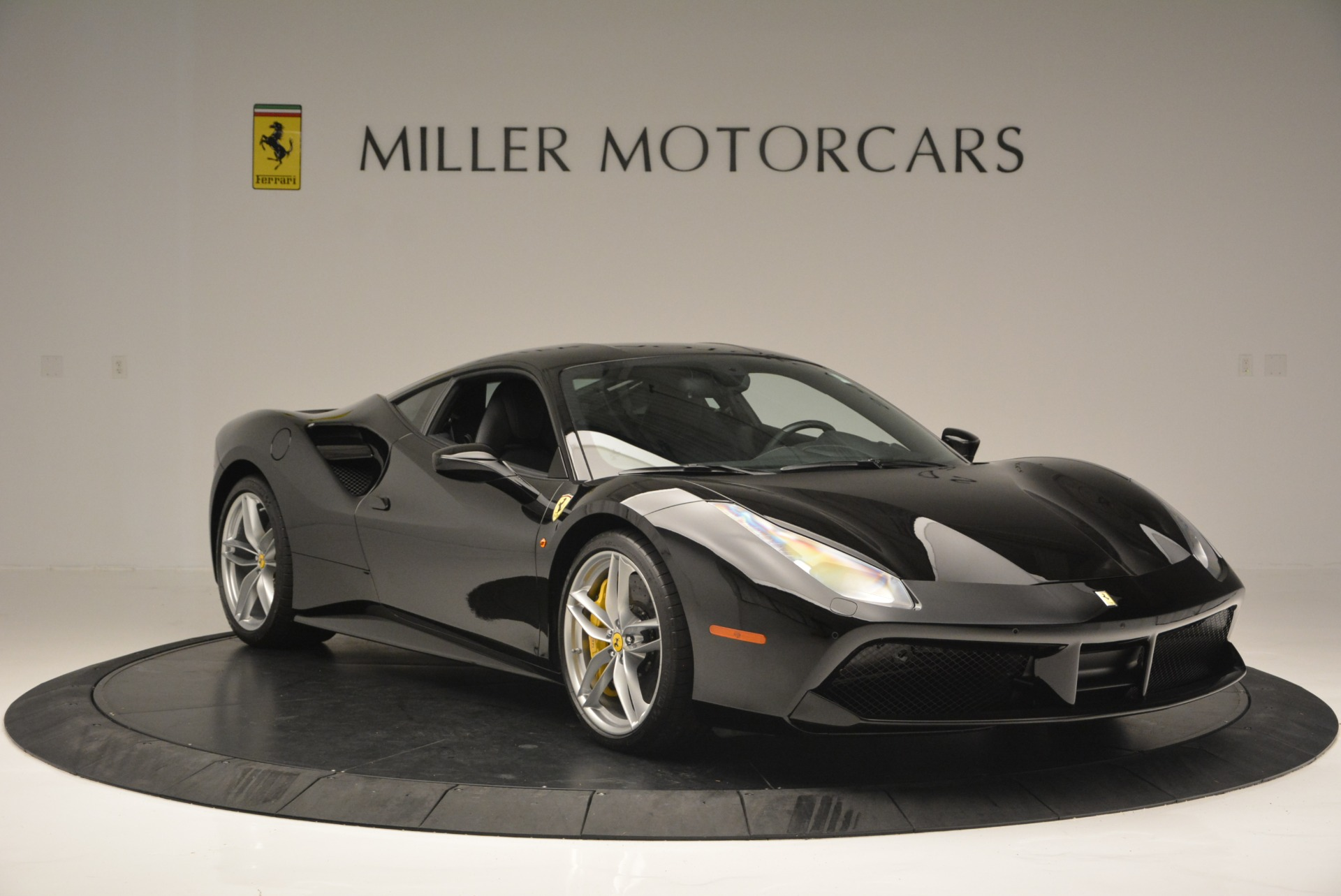 Used 2016 Ferrari 488 GTB  For Sale In Westport, CT 1996_p11