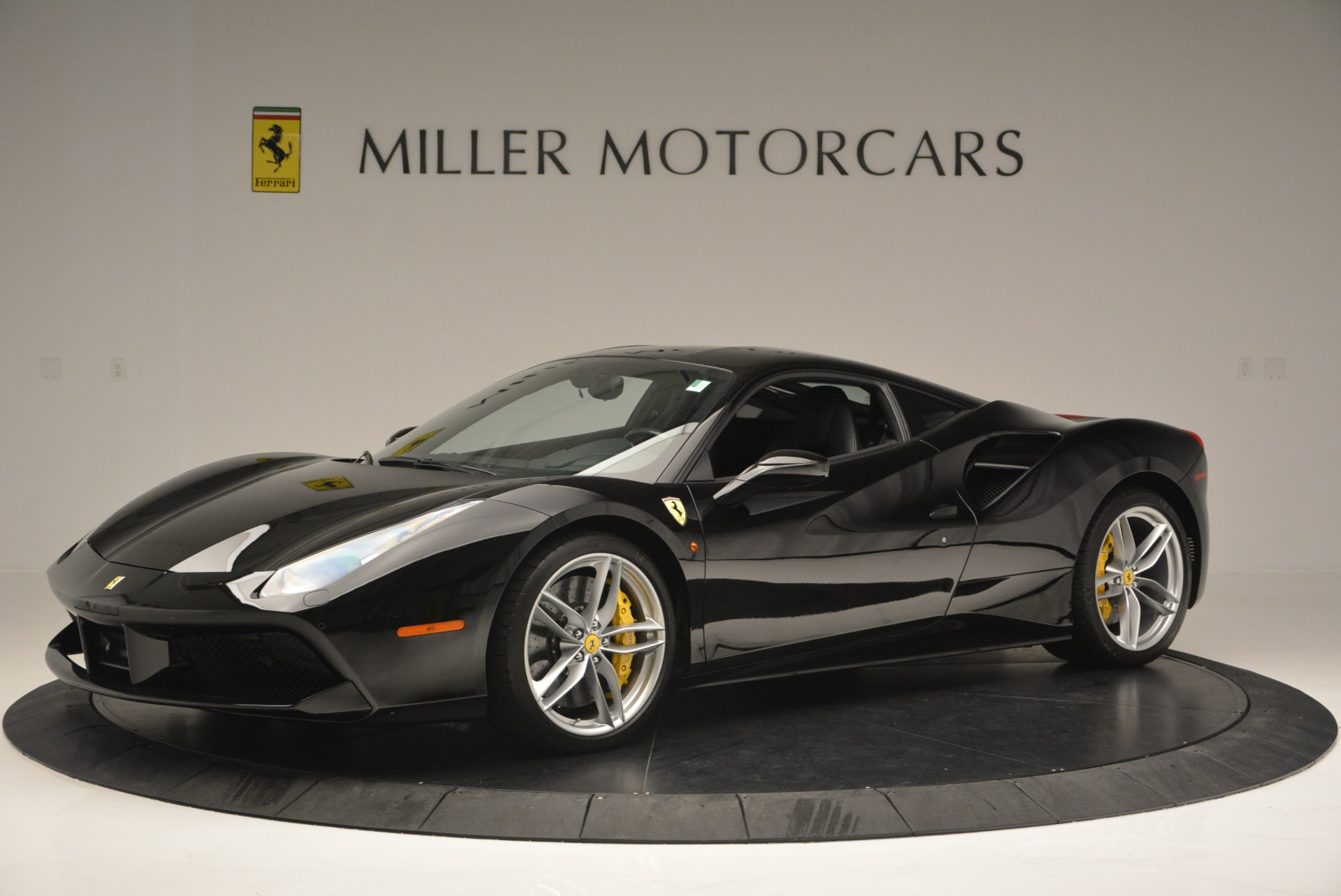 Used 2016 Ferrari 488 GTB  For Sale In Westport, CT 1996_p2