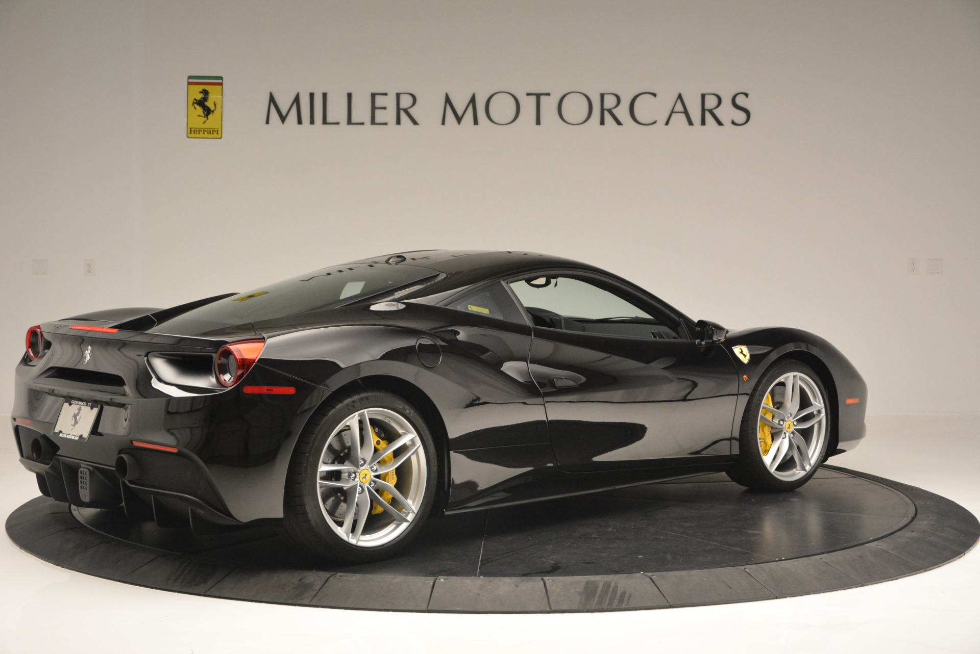 Used 2016 Ferrari 488 GTB  For Sale In Westport, CT 1996_p8