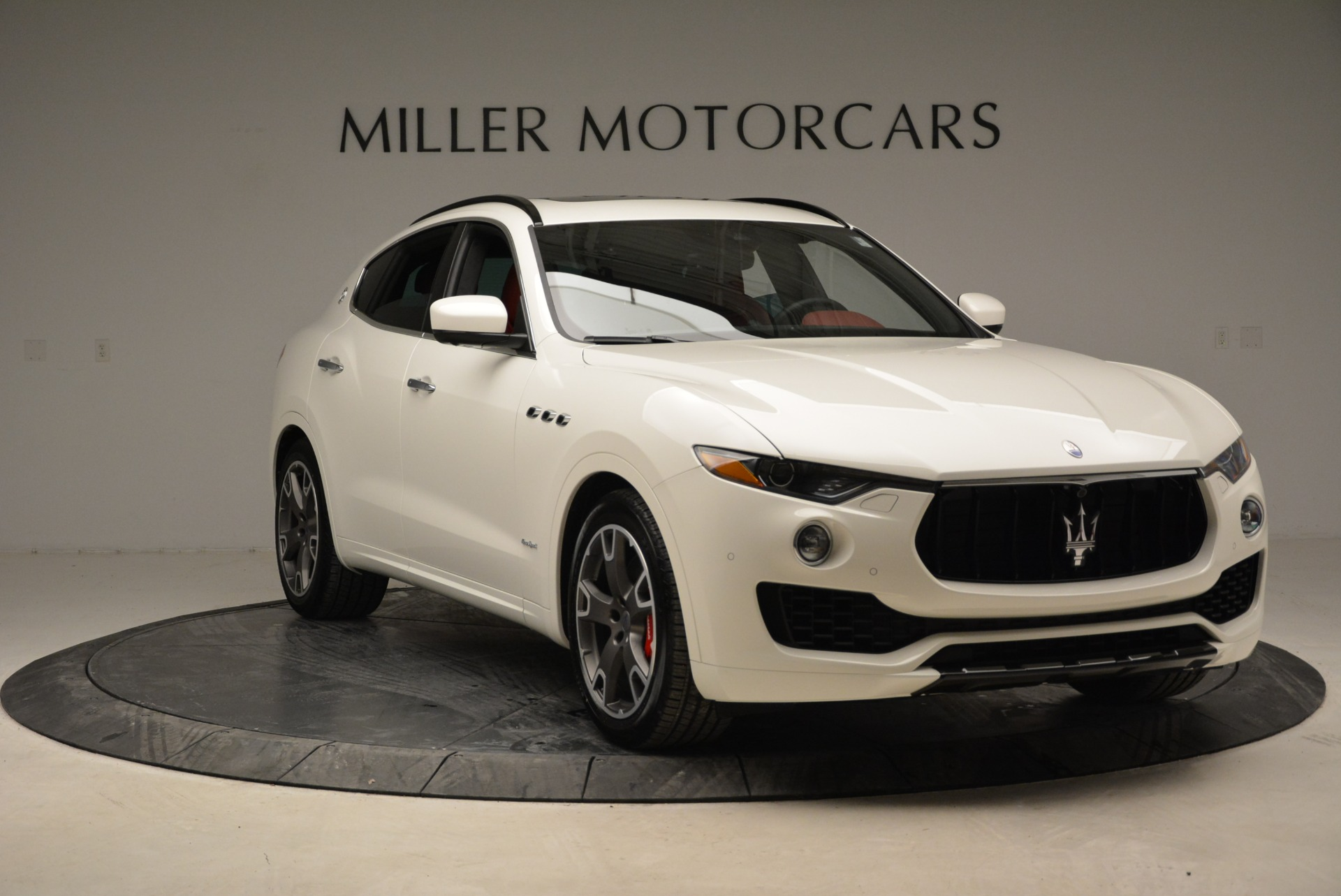 New 2018 Maserati Levante S Q4 Gransport For Sale In Westport, CT 2000_p17