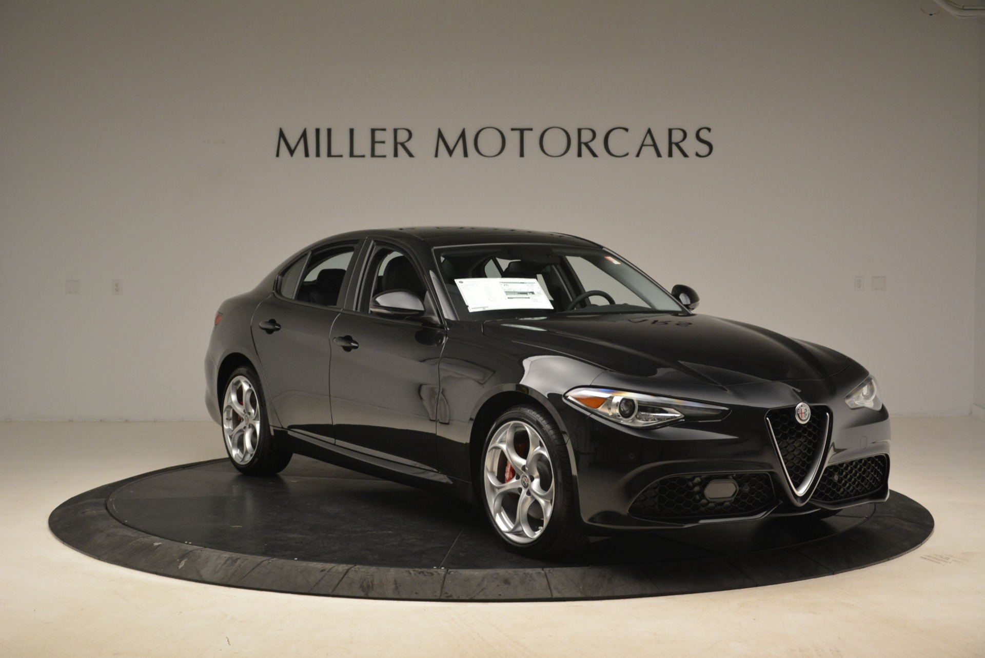 New 2018 Alfa Romeo Giulia Ti Sport Q4 For Sale In Westport, CT 2004_p11