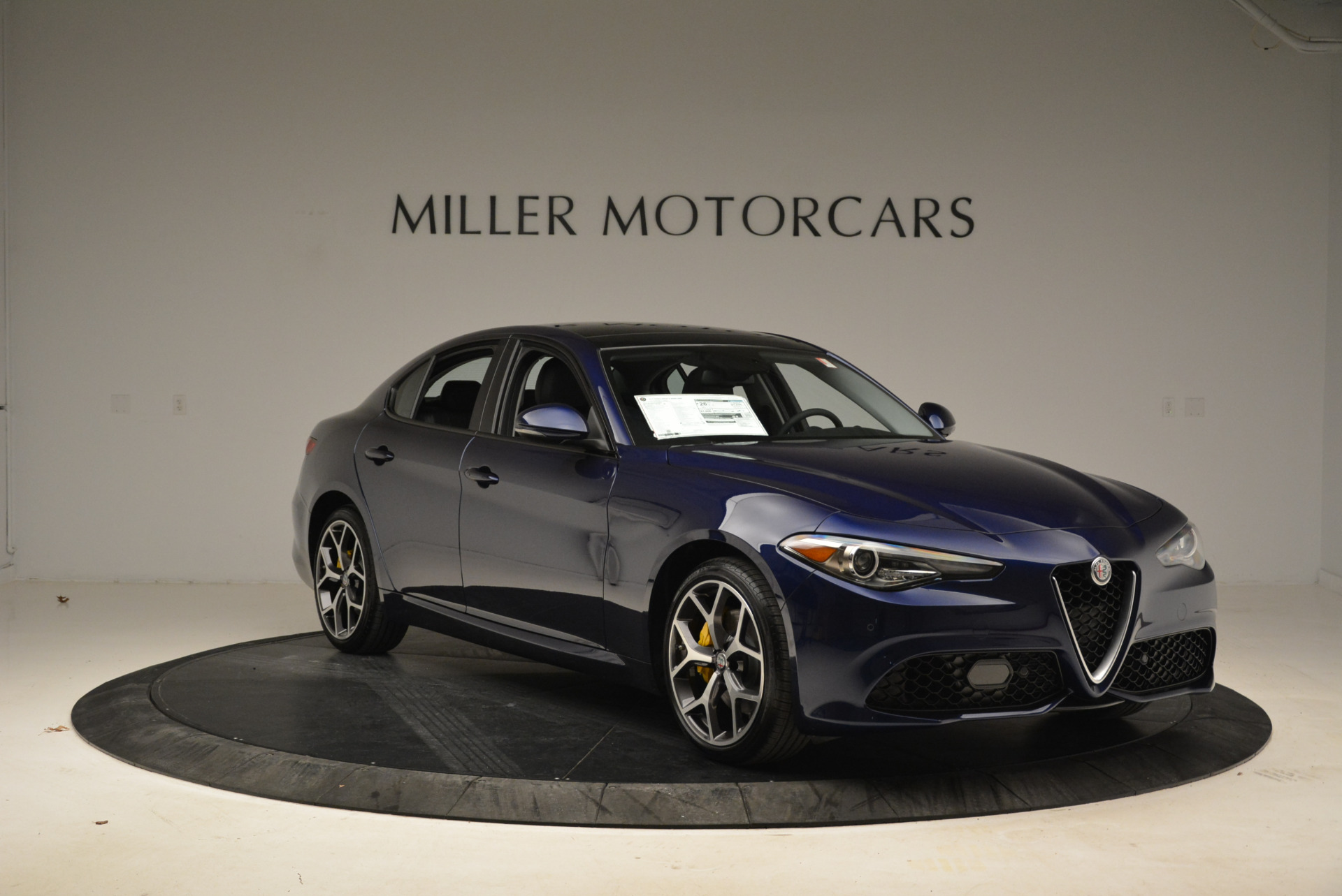 New 2018 Alfa Romeo Giulia Ti Sport Q4 For Sale In Westport, CT 2017_p11