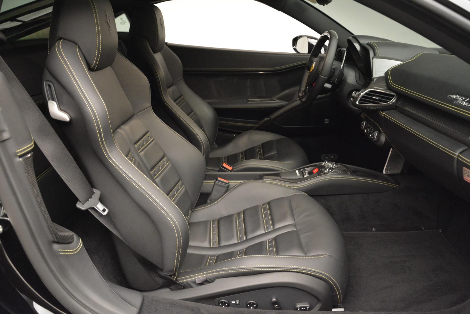 Used 2011 Ferrari 458 Italia  For Sale In Westport, CT 2018_p17