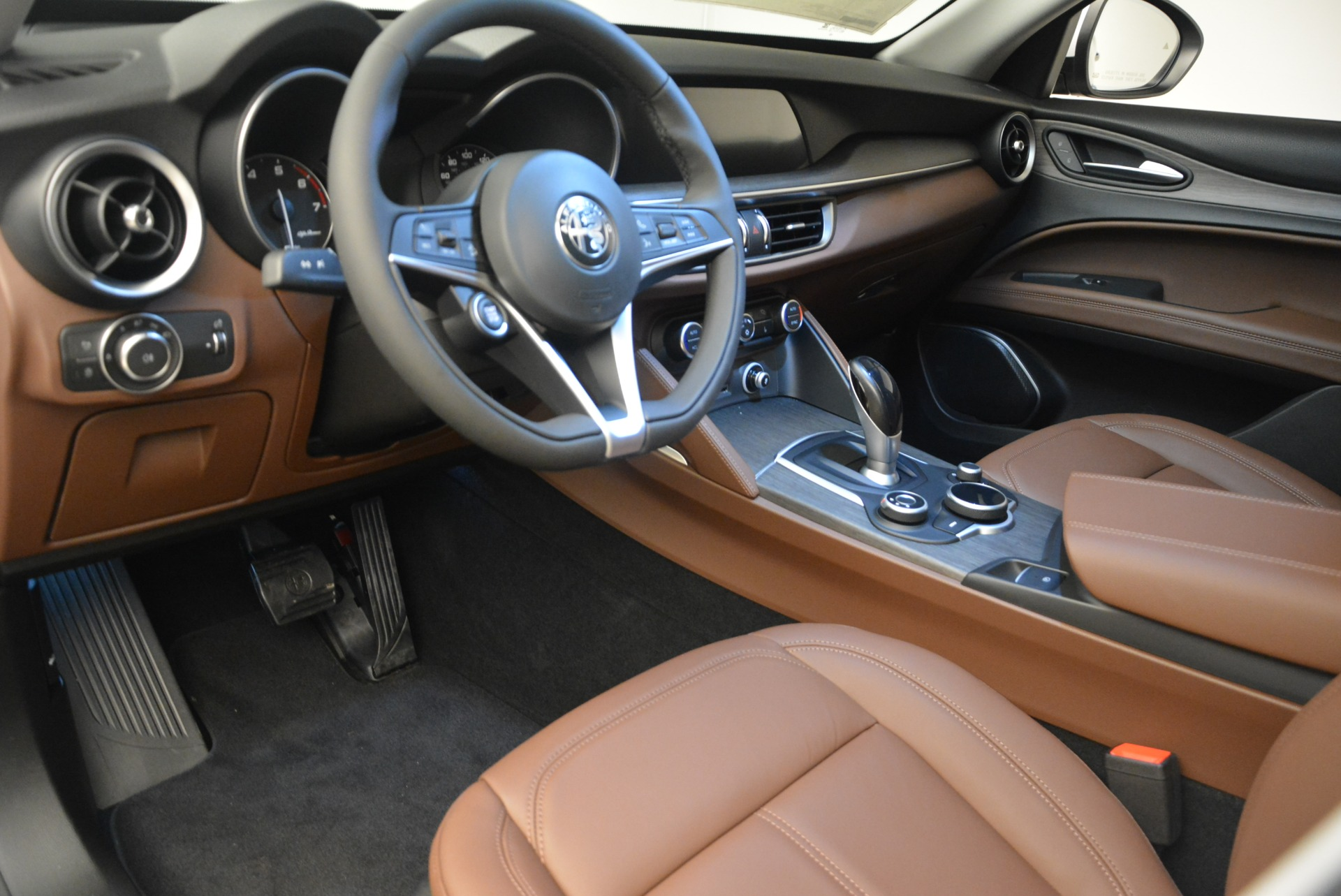 New 2018 Alfa Romeo Stelvio Ti Q4 For Sale In Westport, CT 2027_p14