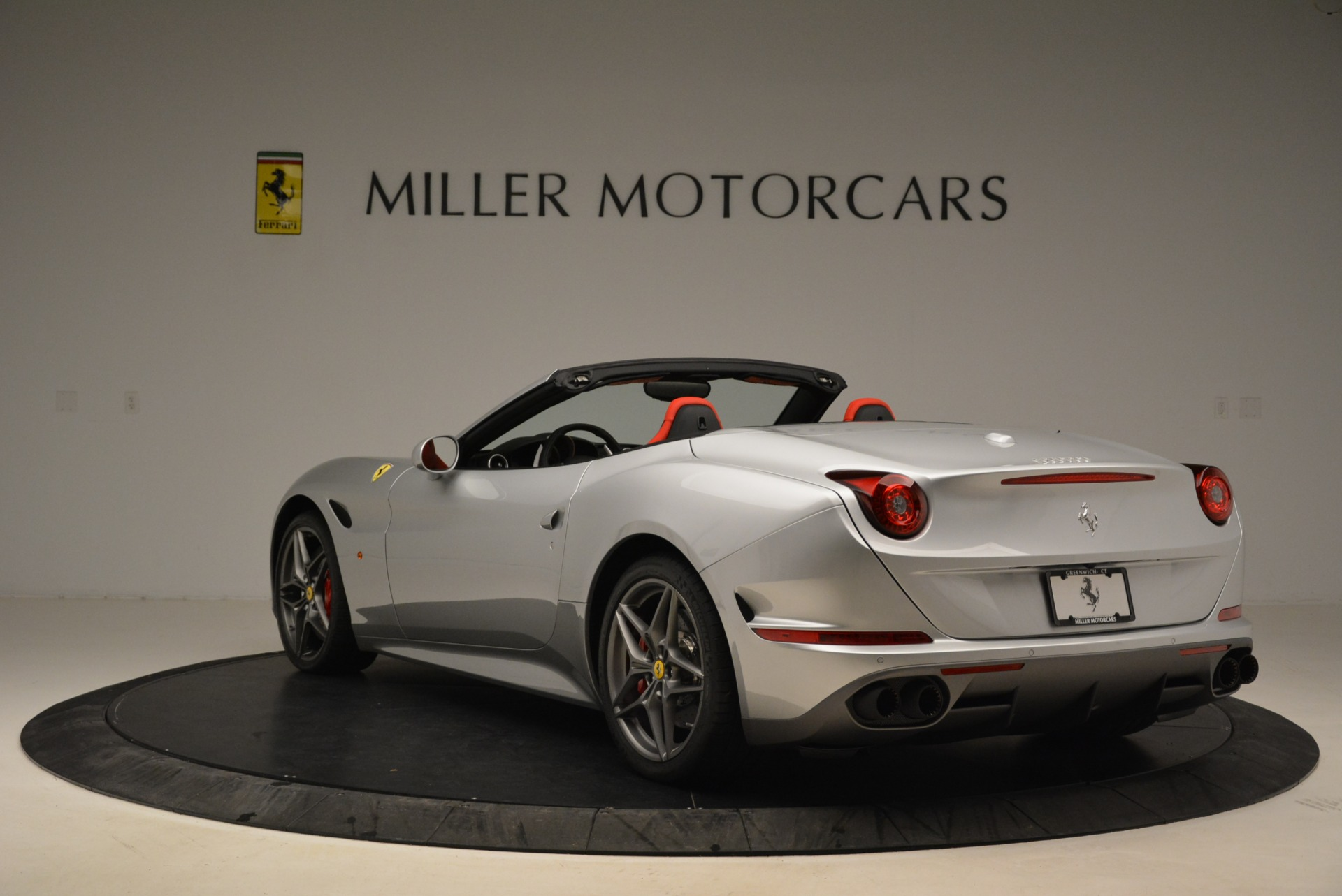 Used 2017 Ferrari California T Handling Speciale For Sale In Westport, CT 2037_p5