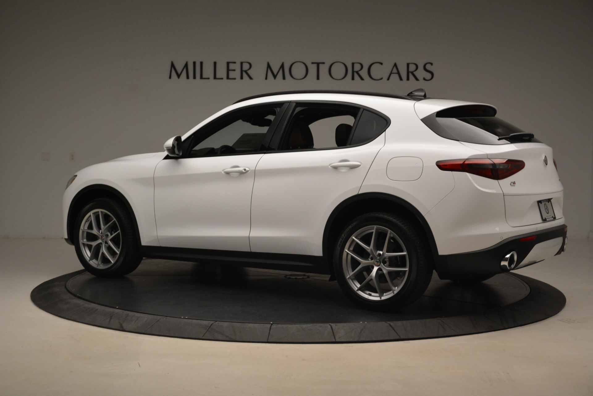 New 2018 Alfa Romeo Stelvio Ti Sport Q4 For Sale In Westport, CT 2044_p4