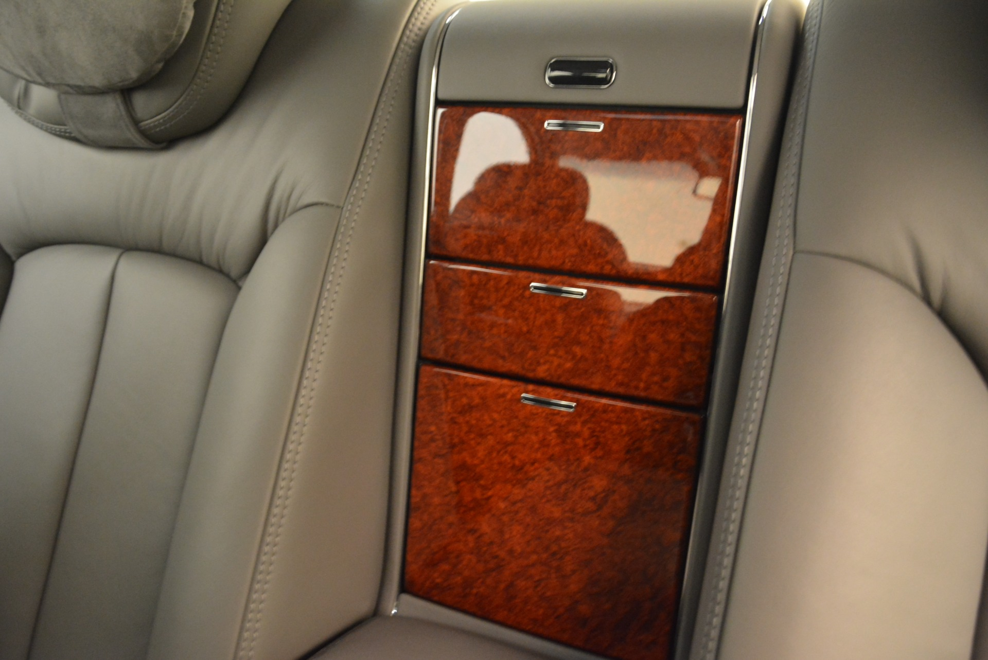 Used 2004 Maybach 57  For Sale In Westport, CT 2045_p24