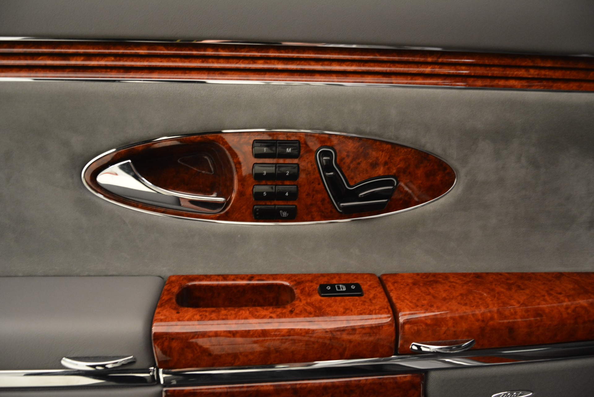 Used 2004 Maybach 57  For Sale In Westport, CT 2045_p36