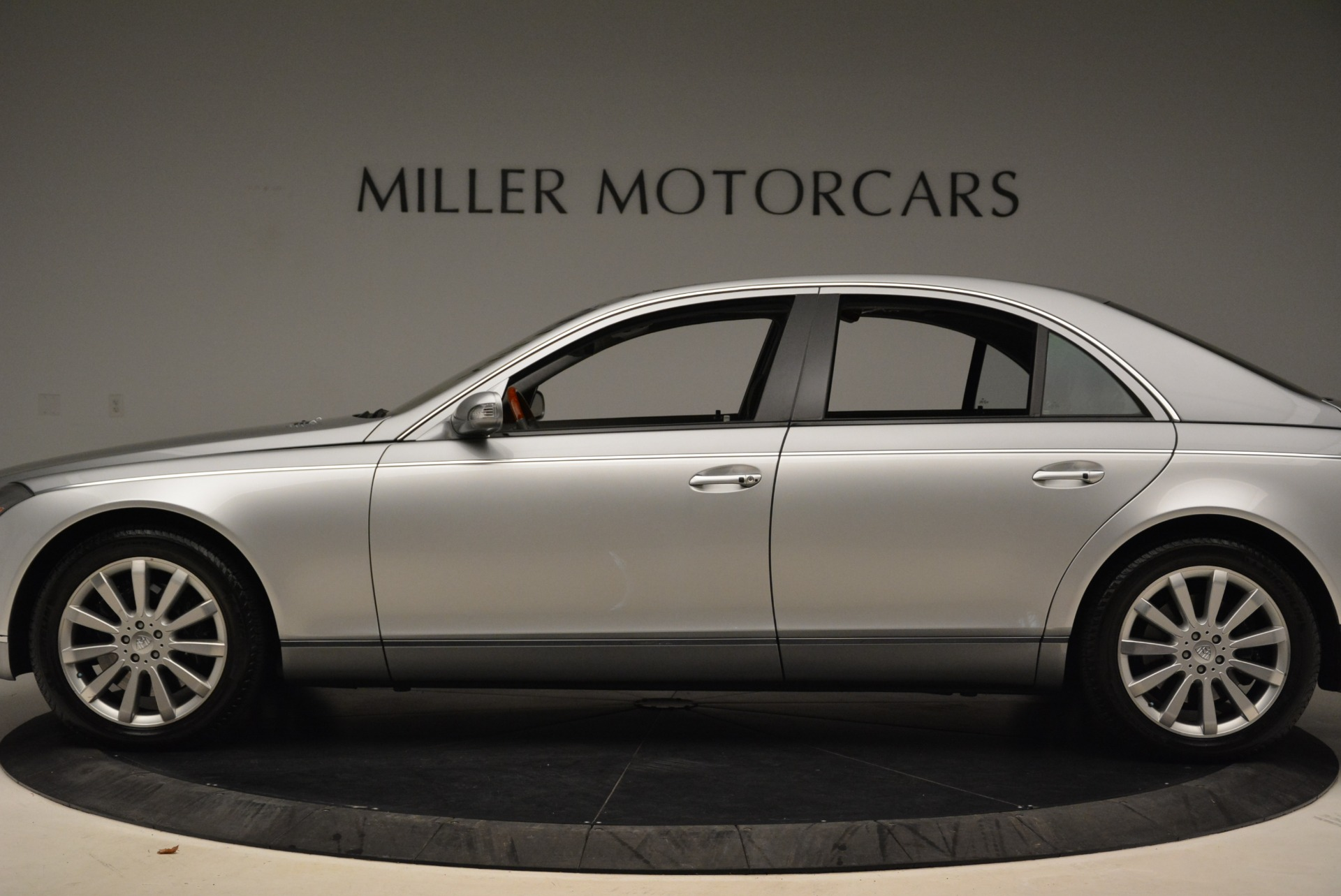 Used 2004 Maybach 57  For Sale In Westport, CT 2045_p3