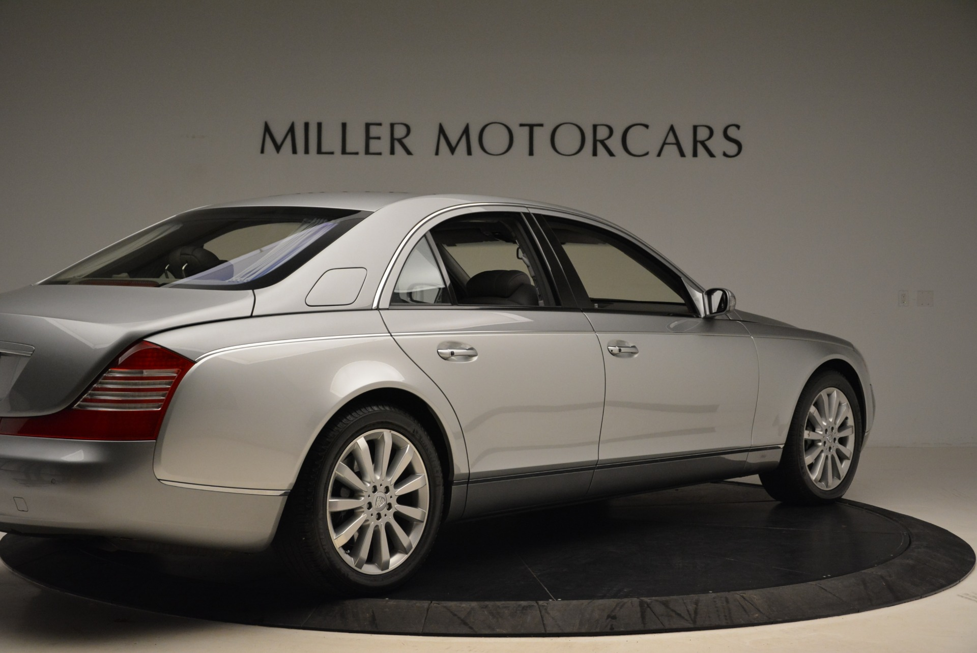Used 2004 Maybach 57  For Sale In Westport, CT 2045_p8