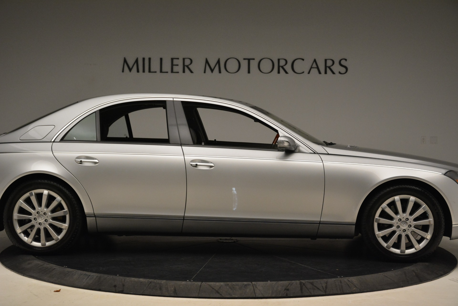 Used 2004 Maybach 57  For Sale In Westport, CT 2045_p9