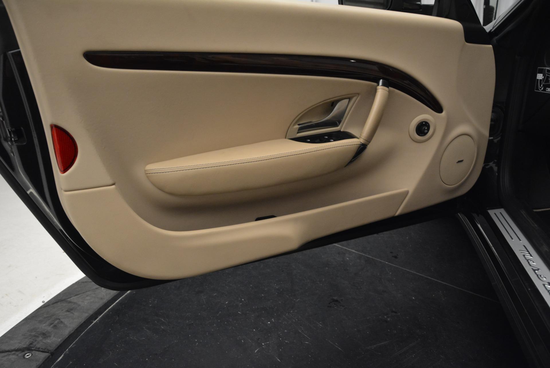 Used 2013 Maserati GranTurismo Convertible  For Sale In Westport, CT 2050_p28