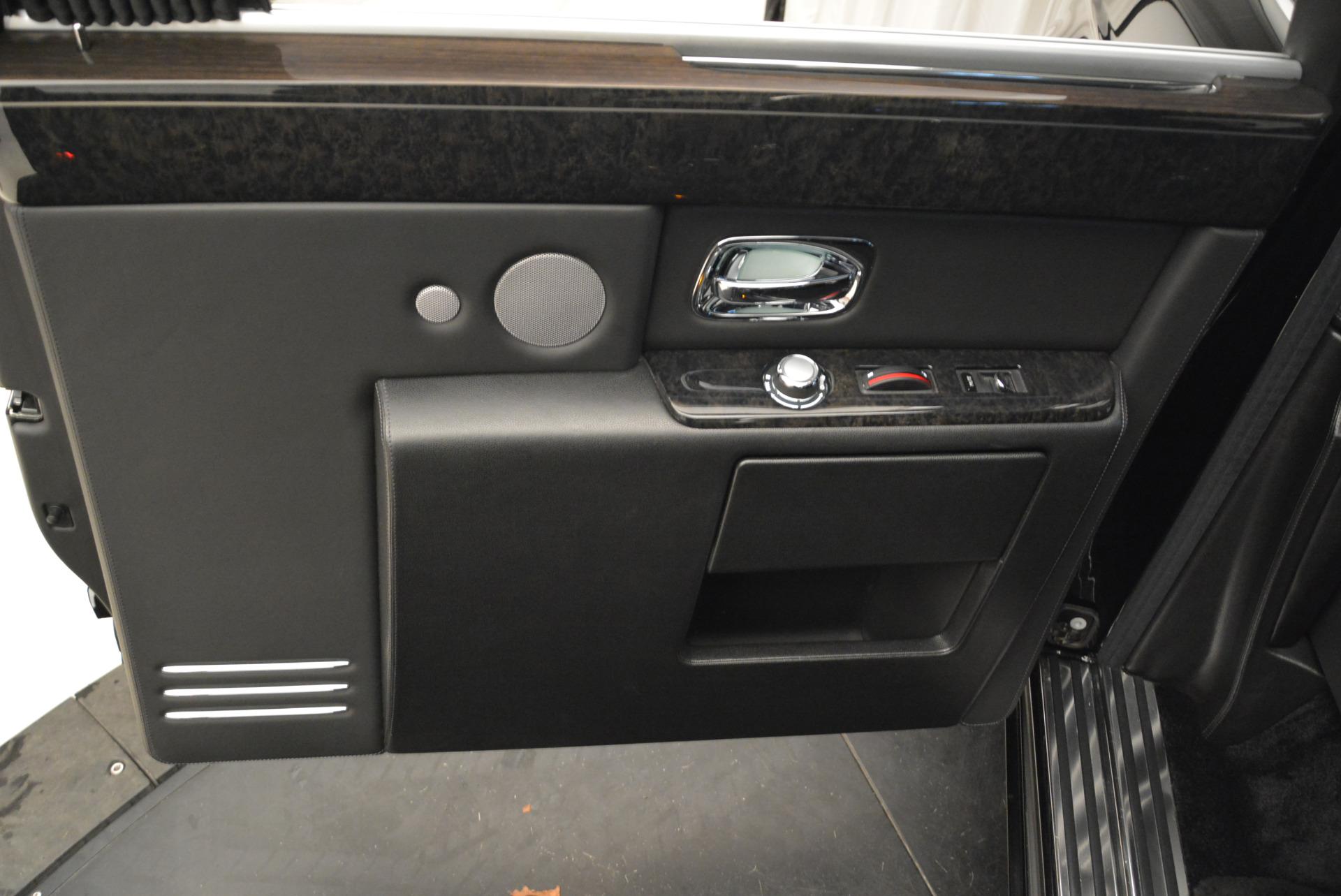 Used 2014 Rolls-Royce Phantom EWB For Sale In Westport, CT 2051_p13