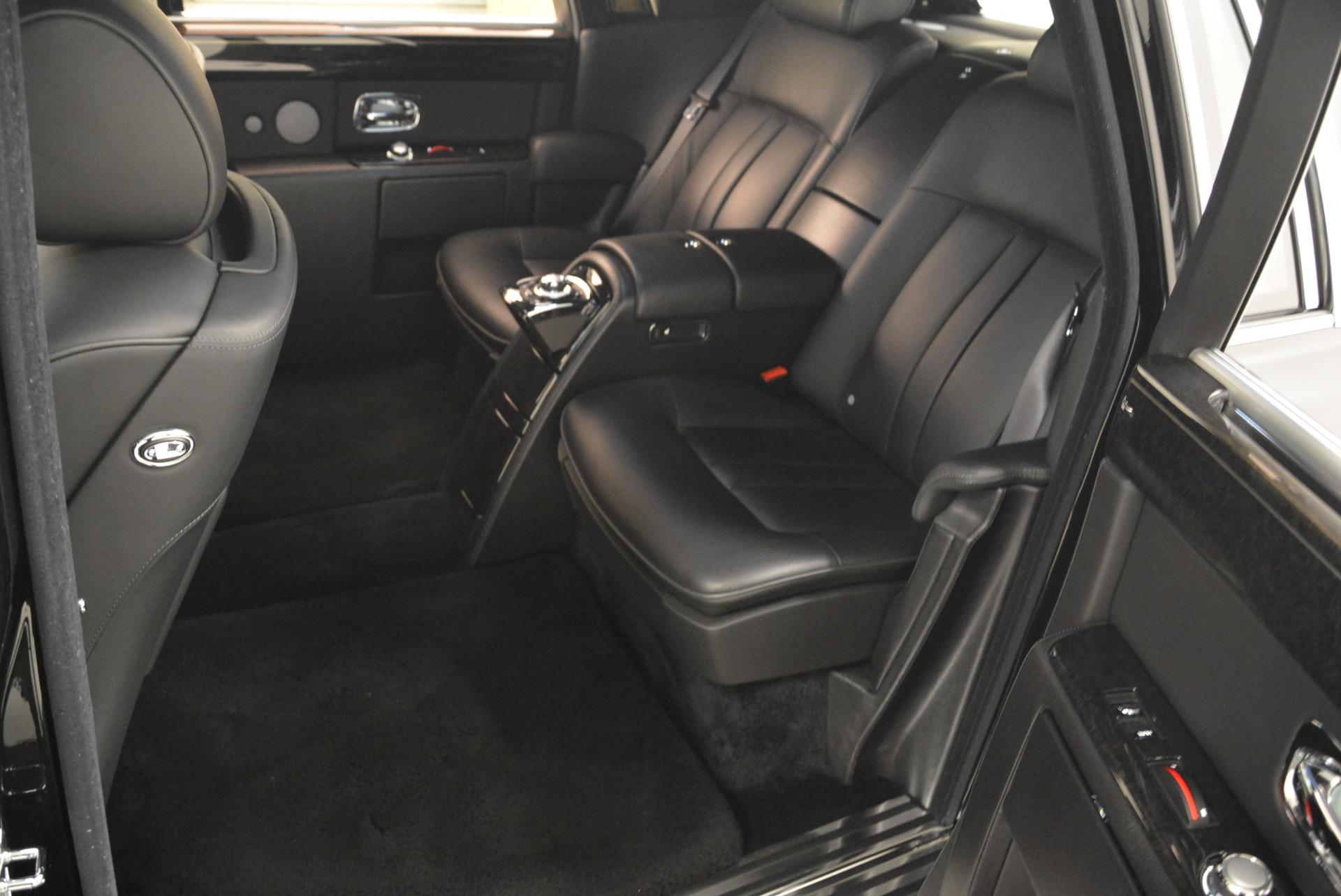 Used 2014 Rolls-Royce Phantom EWB For Sale In Westport, CT 2051_p28
