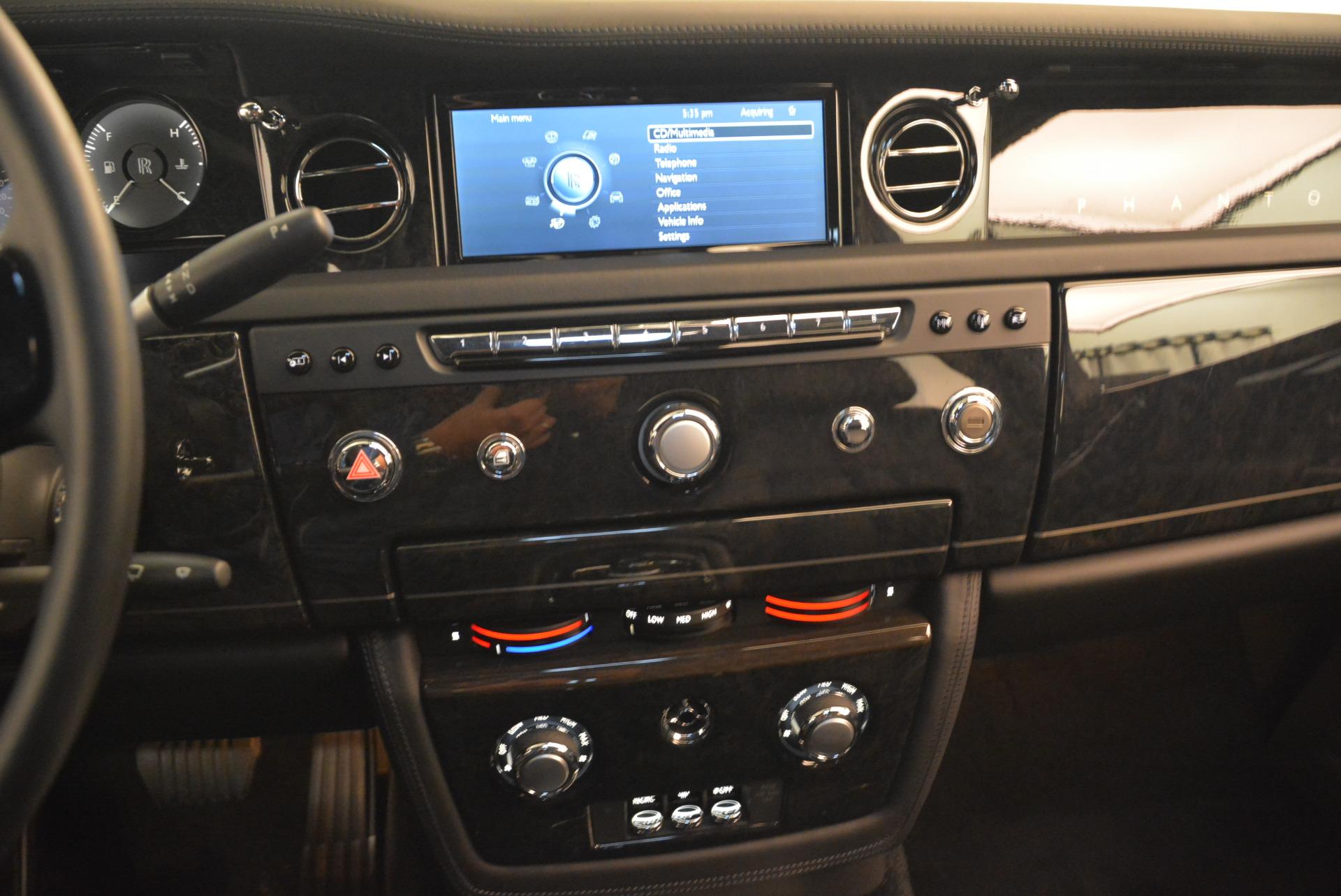 Used 2014 Rolls-Royce Phantom EWB For Sale In Westport, CT 2051_p31