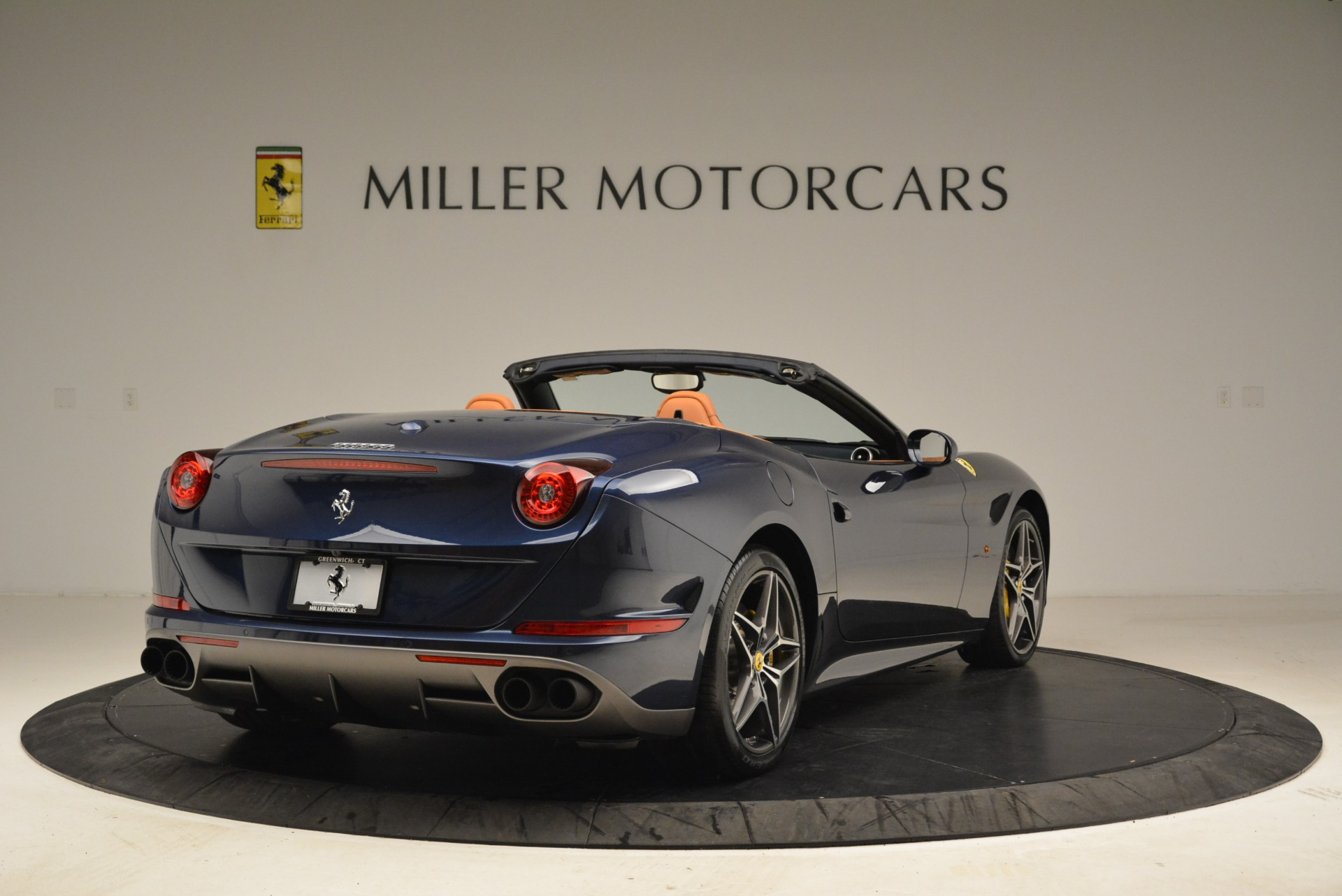 Used 2017 Ferrari California T Handling Speciale For Sale In Westport, CT 2052_p7