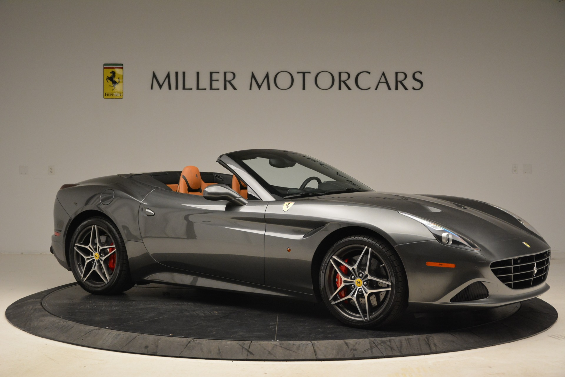 Used 2017 Ferrari California T Handling Speciale For Sale In Westport, CT 2054_p10