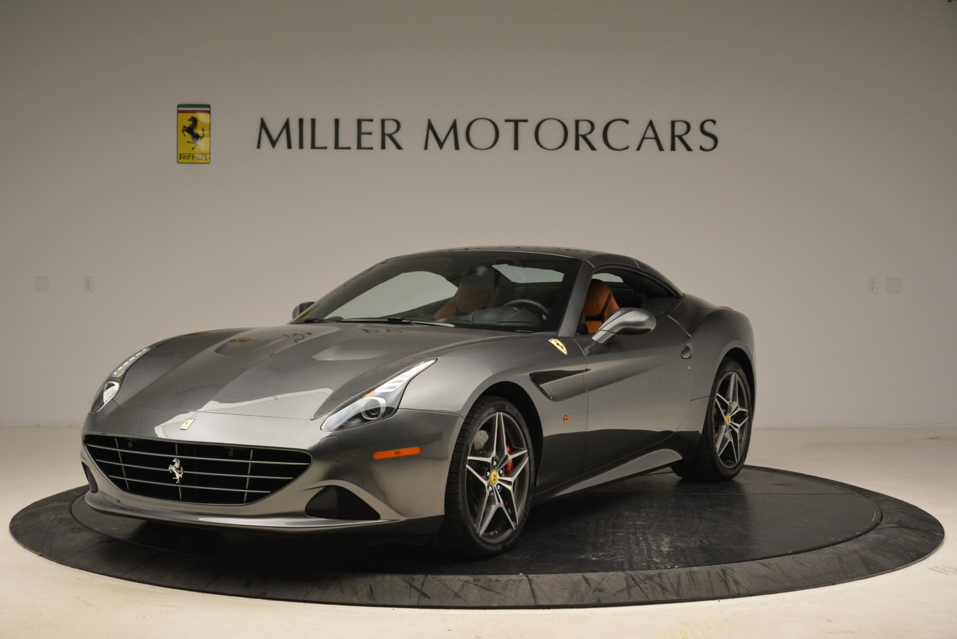 Used 2017 Ferrari California T Handling Speciale For Sale In Westport, CT 2054_p13