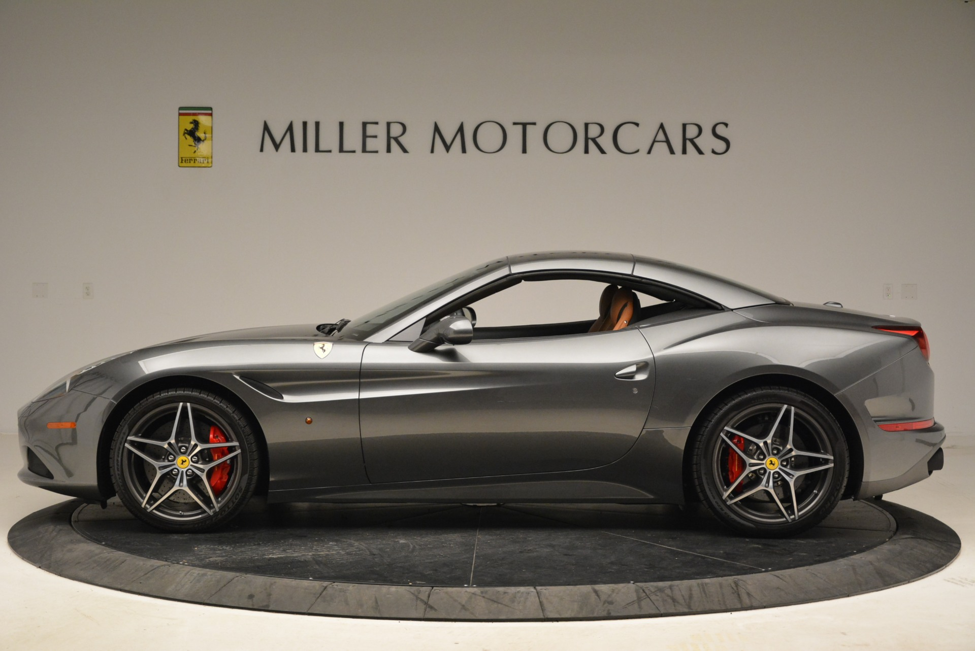 Used 2017 Ferrari California T Handling Speciale For Sale In Westport, CT 2054_p15