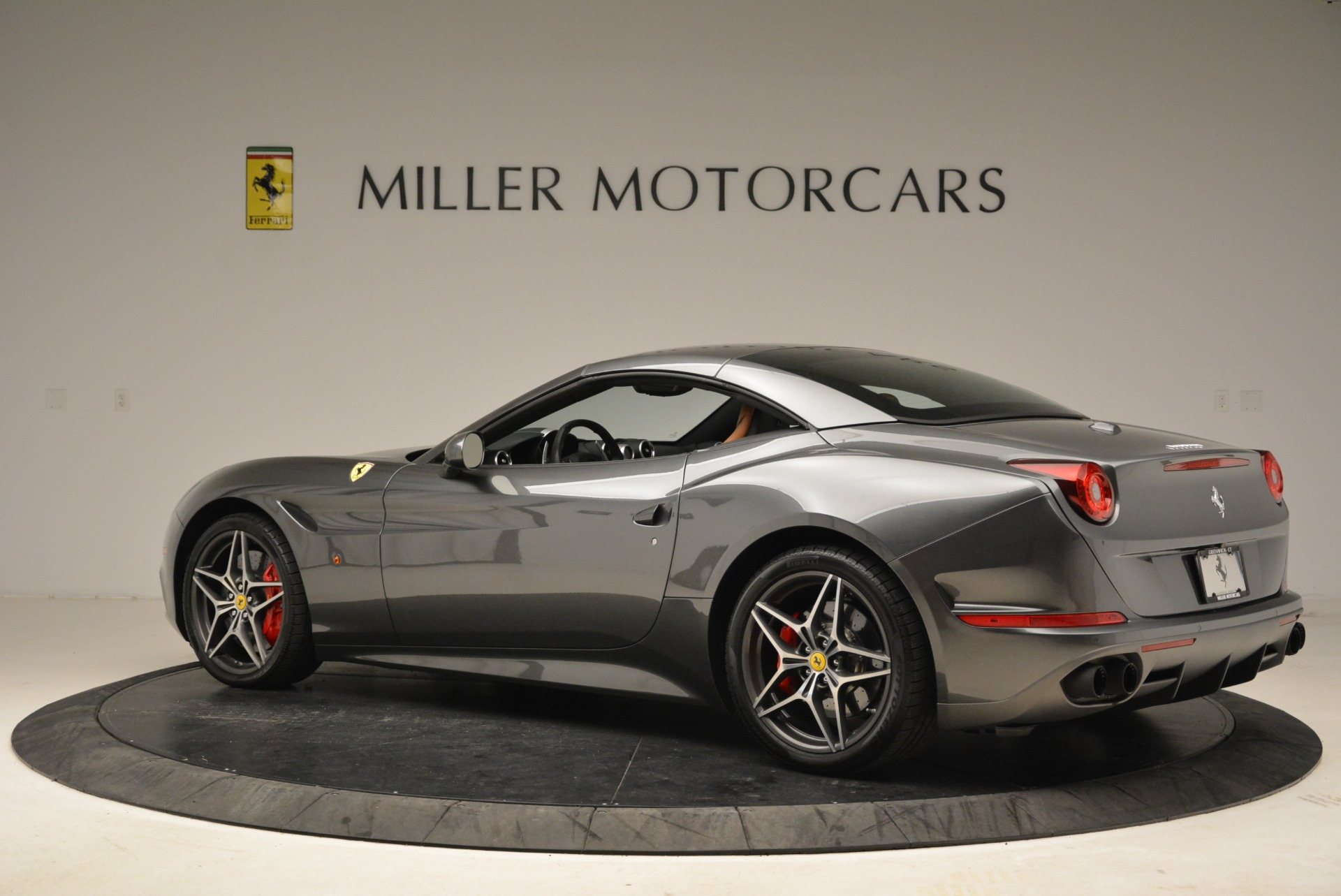 Used 2017 Ferrari California T Handling Speciale For Sale In Westport, CT 2054_p16