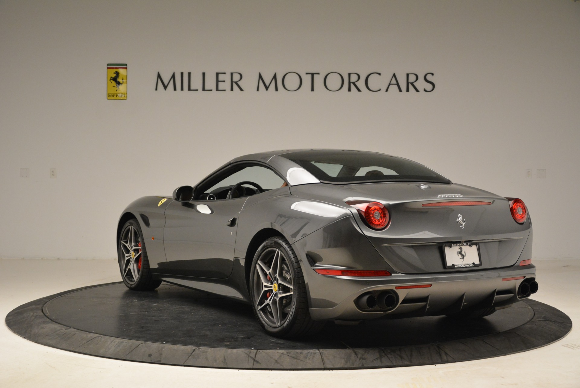 Used 2017 Ferrari California T Handling Speciale For Sale In Westport, CT 2054_p17