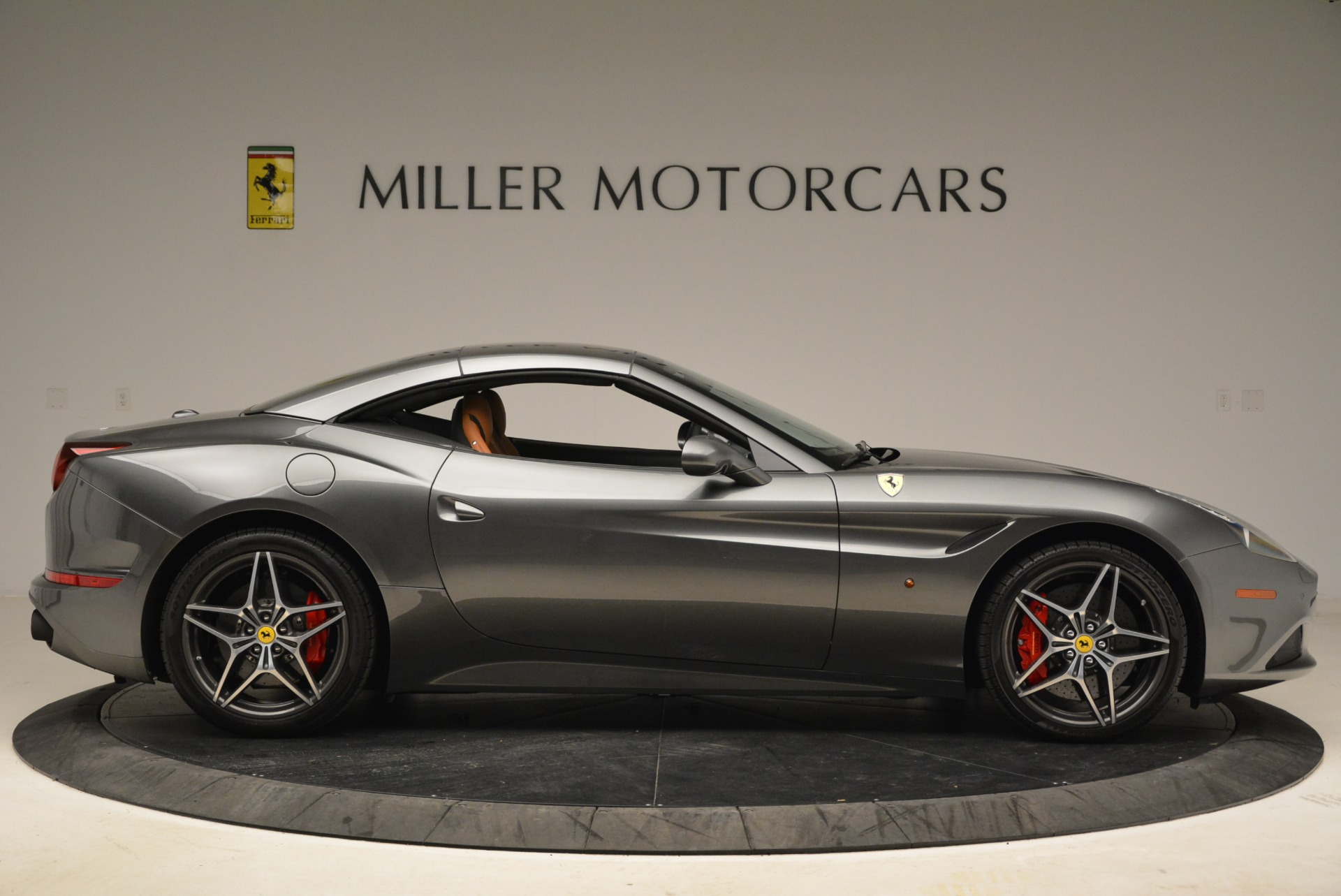 Used 2017 Ferrari California T Handling Speciale For Sale In Westport, CT 2054_p21