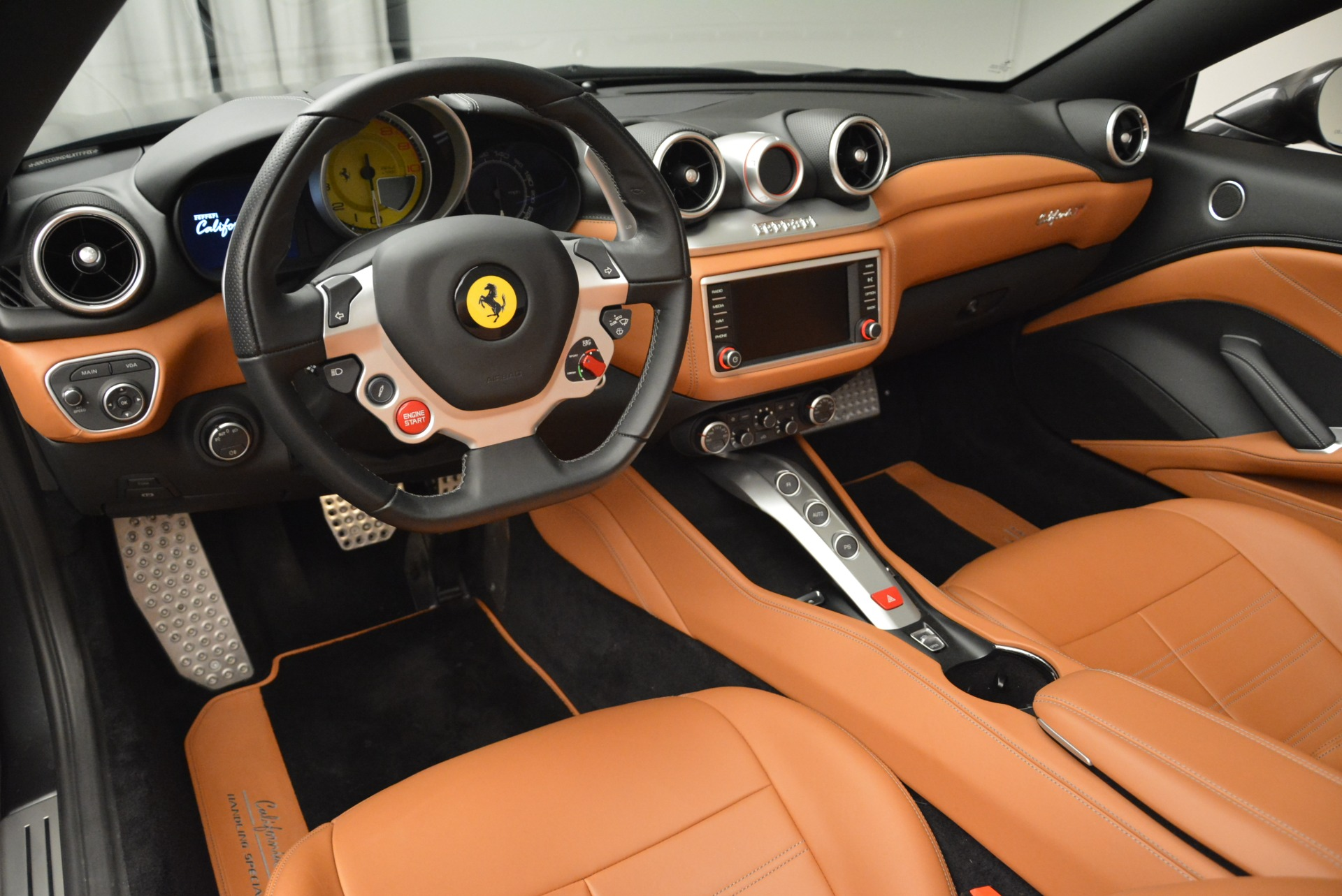 Used 2017 Ferrari California T Handling Speciale For Sale In Westport, CT 2054_p25