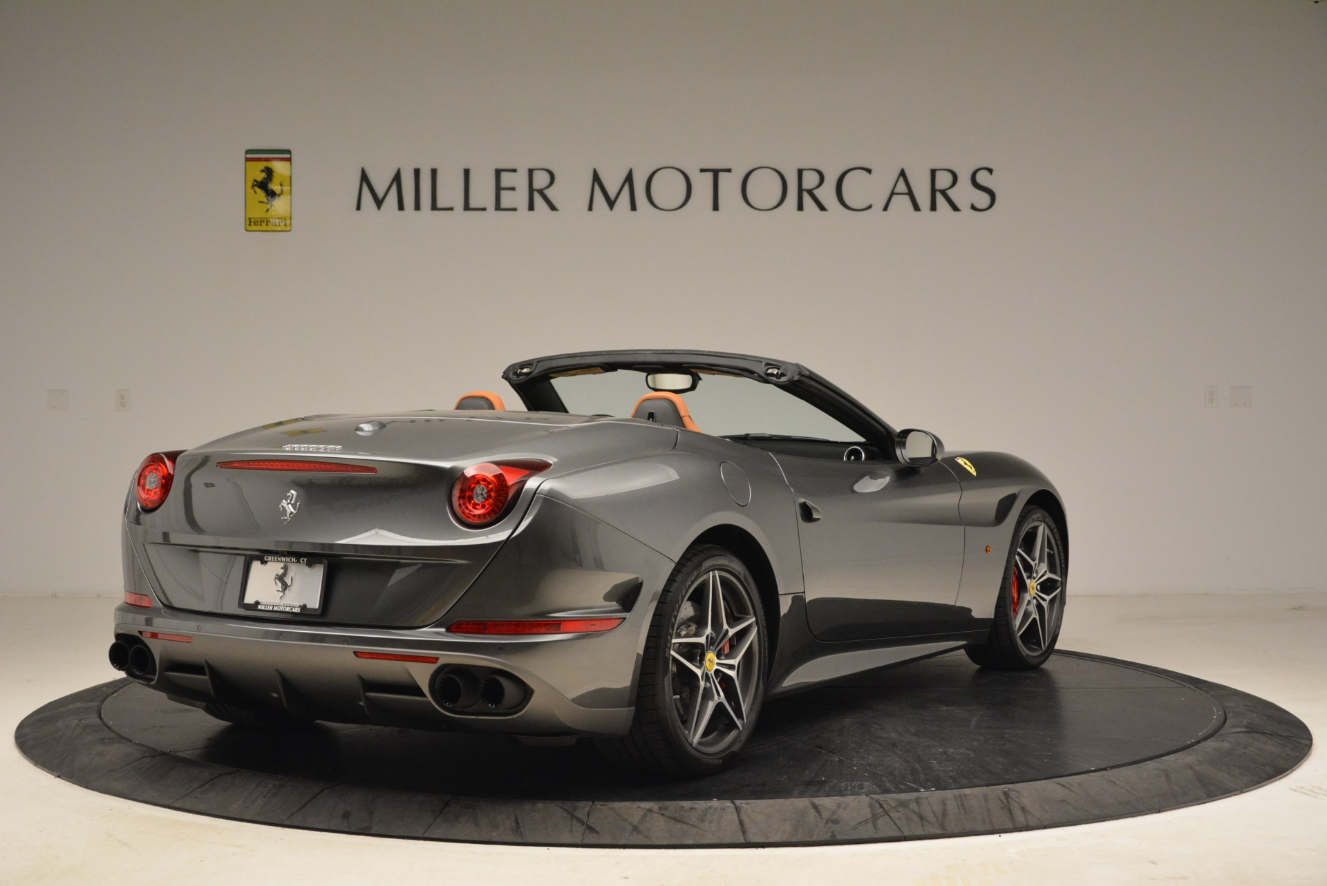 Used 2017 Ferrari California T Handling Speciale For Sale In Westport, CT 2054_p7