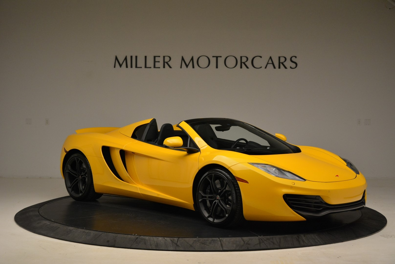 Used 2014 McLaren MP4-12C Spider For Sale In Westport, CT 2057_p10