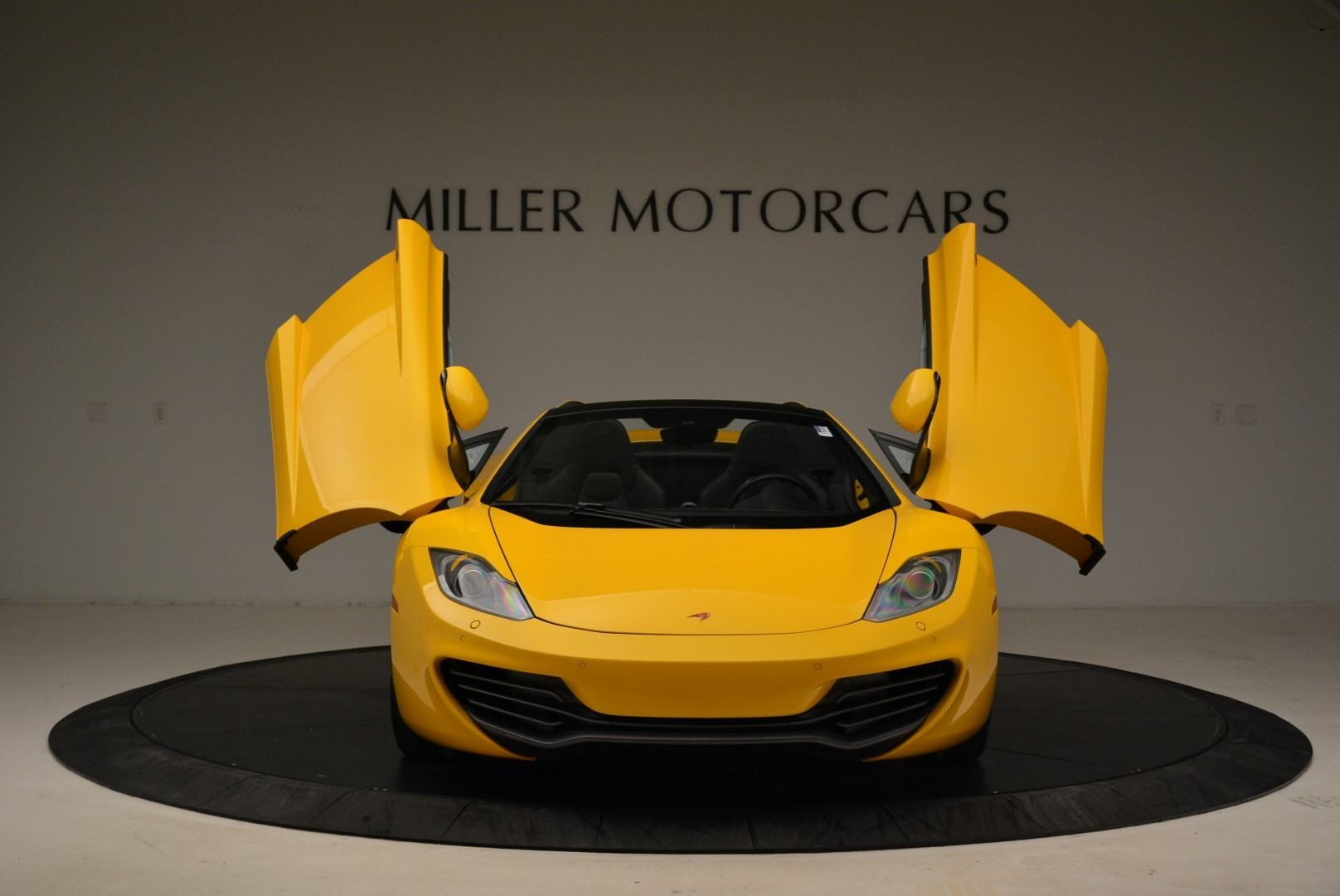 Used 2014 McLaren MP4-12C Spider For Sale In Westport, CT 2057_p13