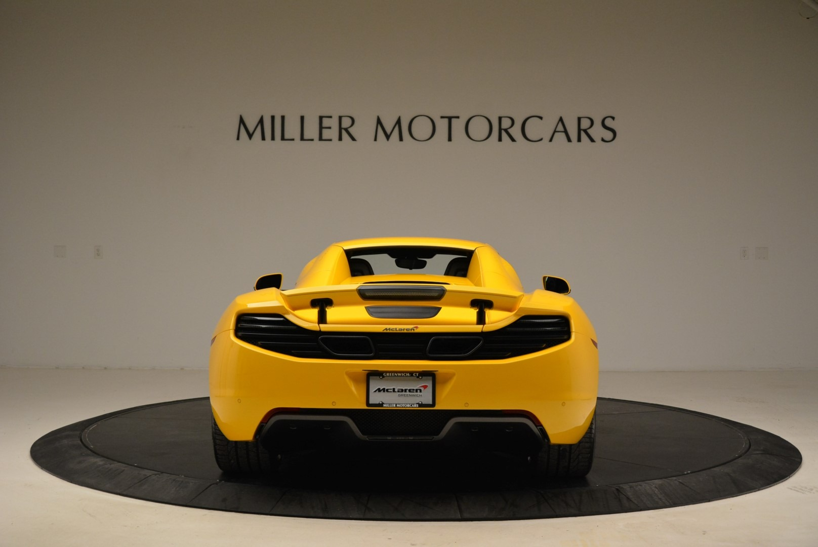 Used 2014 McLaren MP4-12C Spider For Sale In Westport, CT 2057_p18