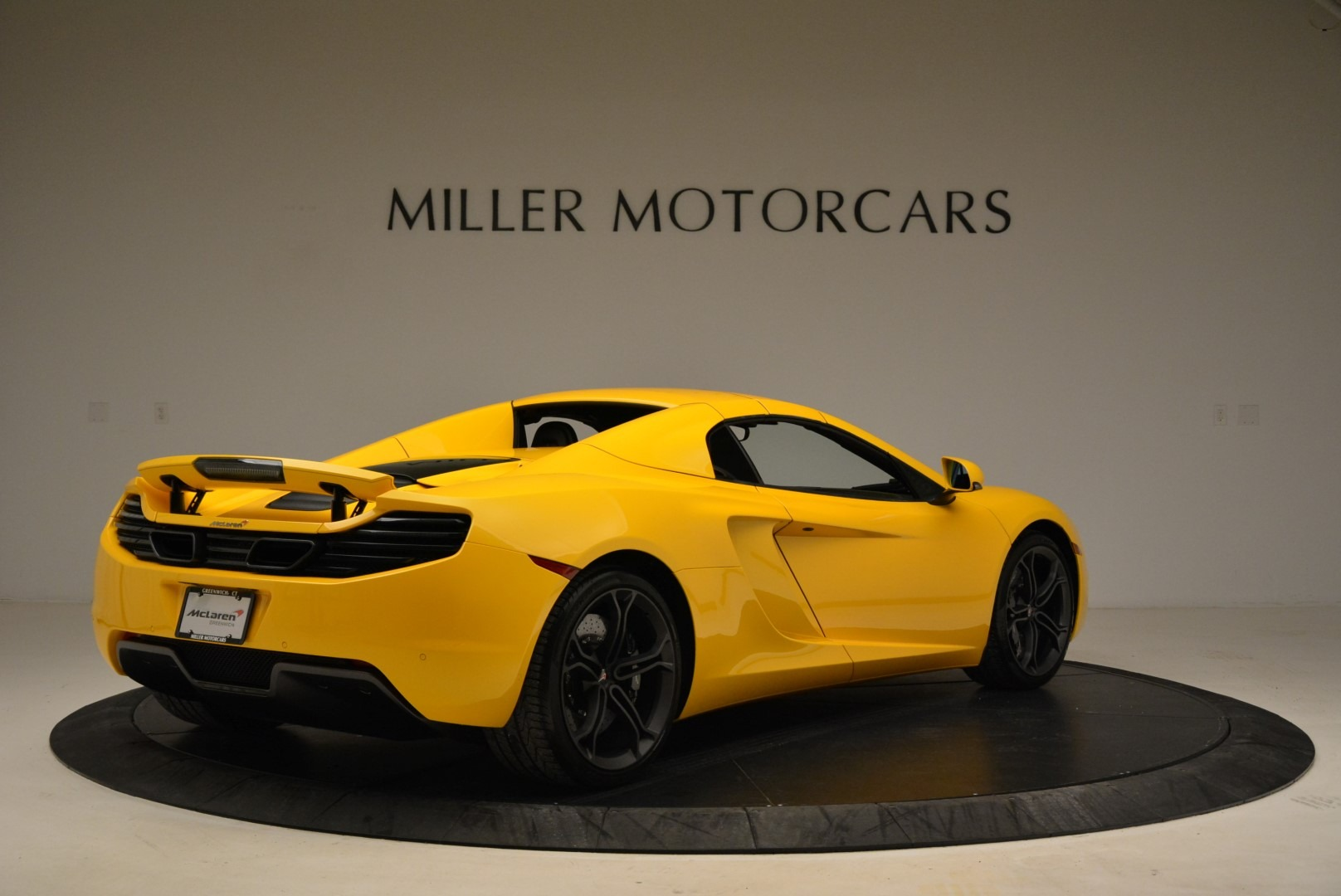 Used 2014 McLaren MP4-12C Spider For Sale In Westport, CT 2057_p19