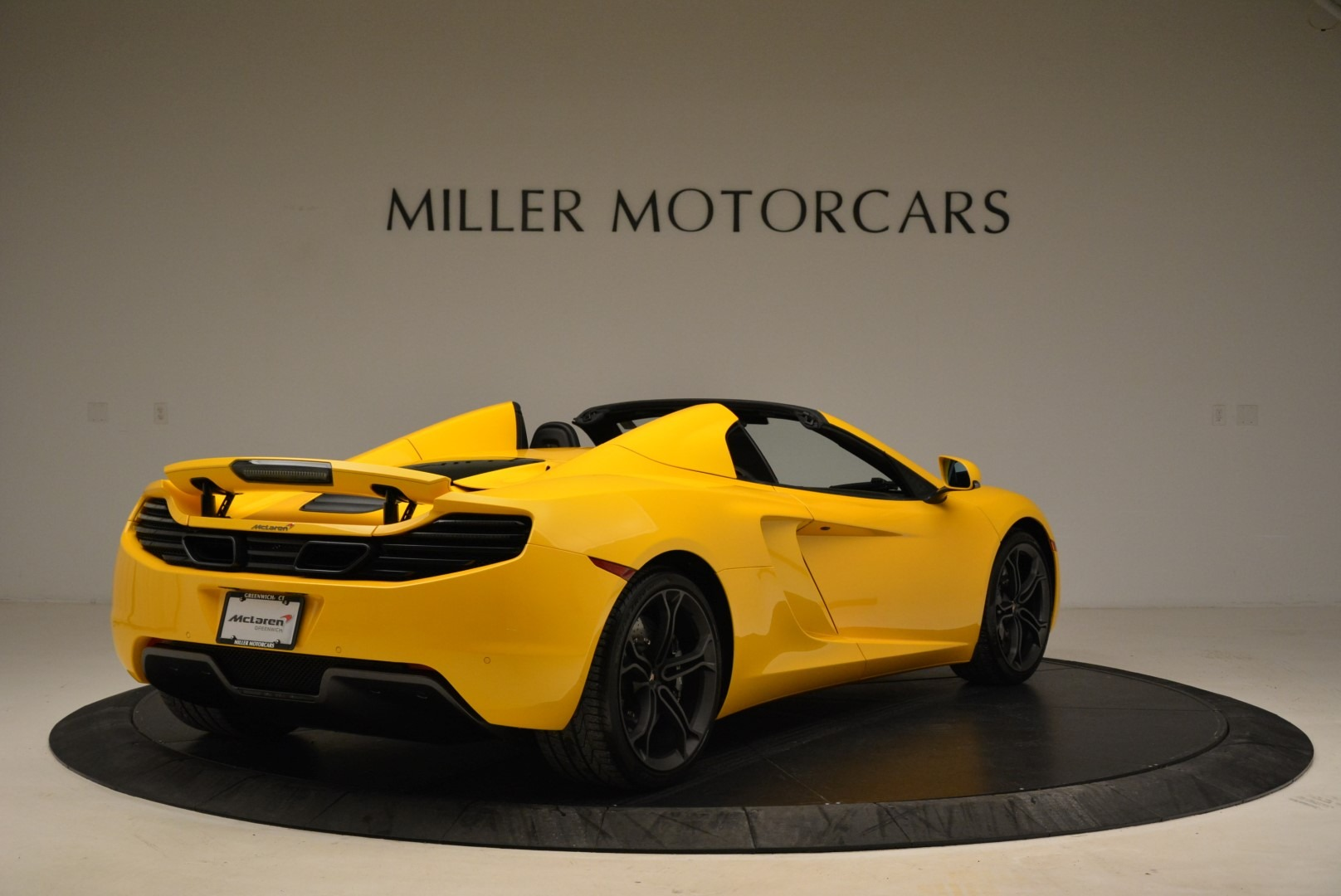 Used 2014 McLaren MP4-12C Spider For Sale In Westport, CT 2057_p7