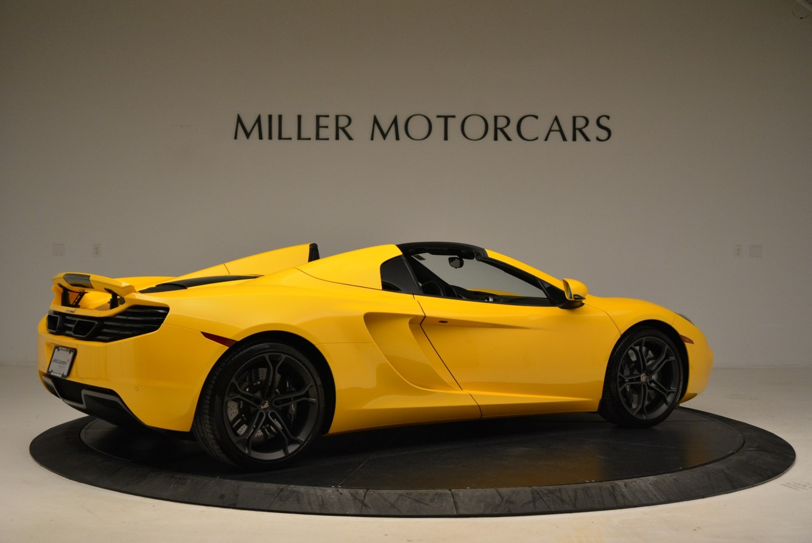 Used 2014 McLaren MP4-12C Spider For Sale In Westport, CT 2057_p8