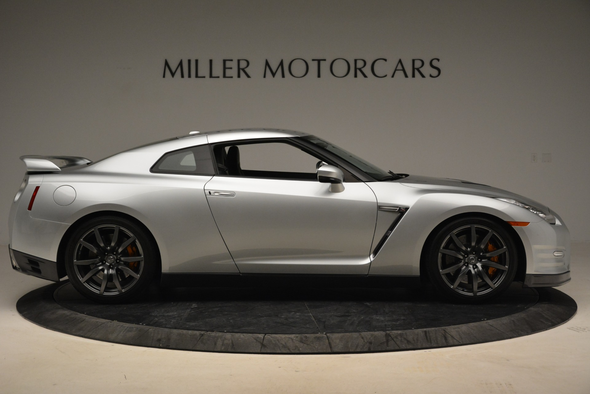 Used 2013 Nissan GT-R Premium For Sale In Westport, CT 2062_p10