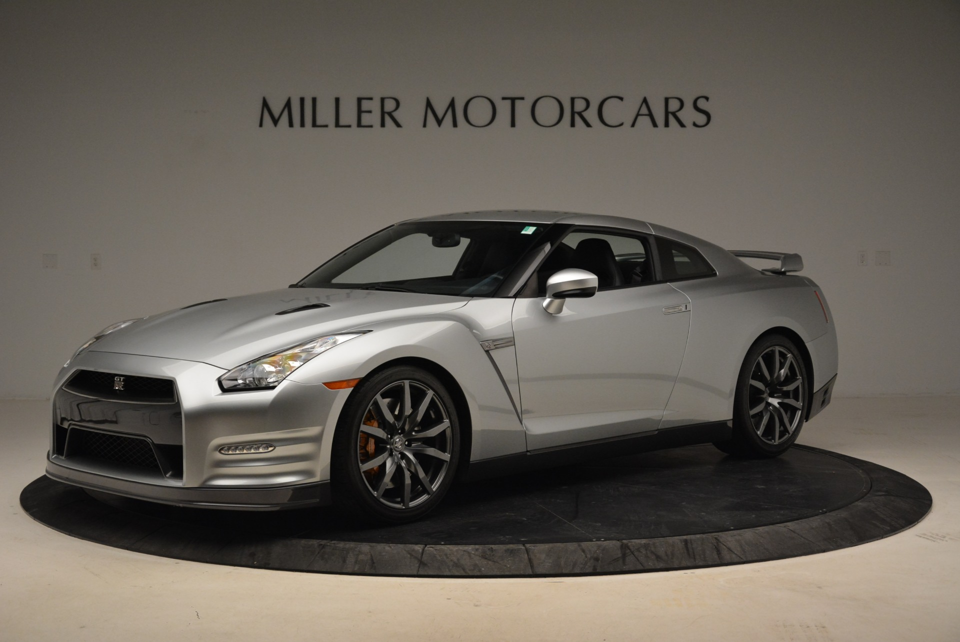 Used 2013 Nissan GT-R Premium For Sale In Westport, CT 2062_p2