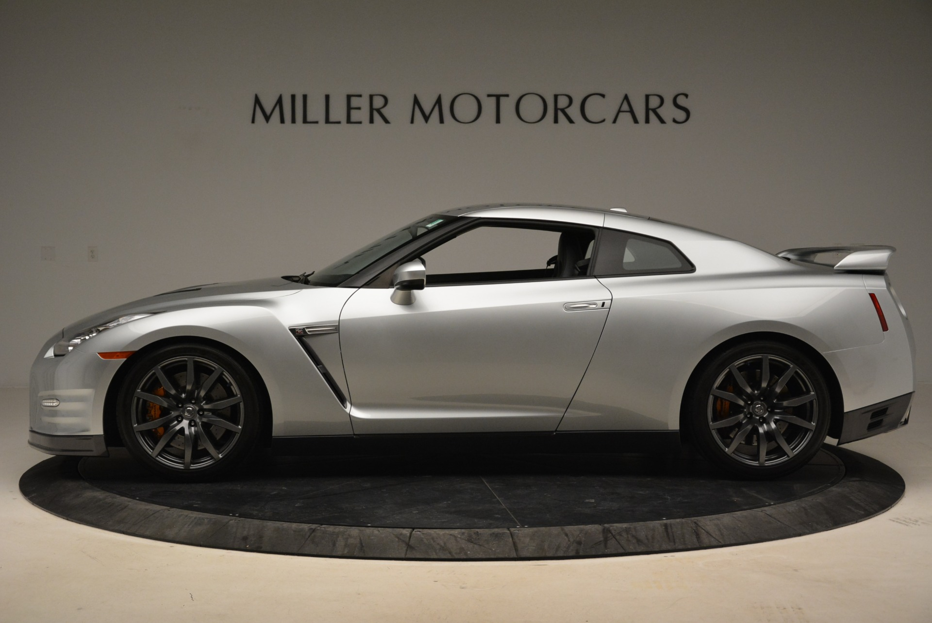 Used 2013 Nissan GT-R Premium For Sale In Westport, CT 2062_p3