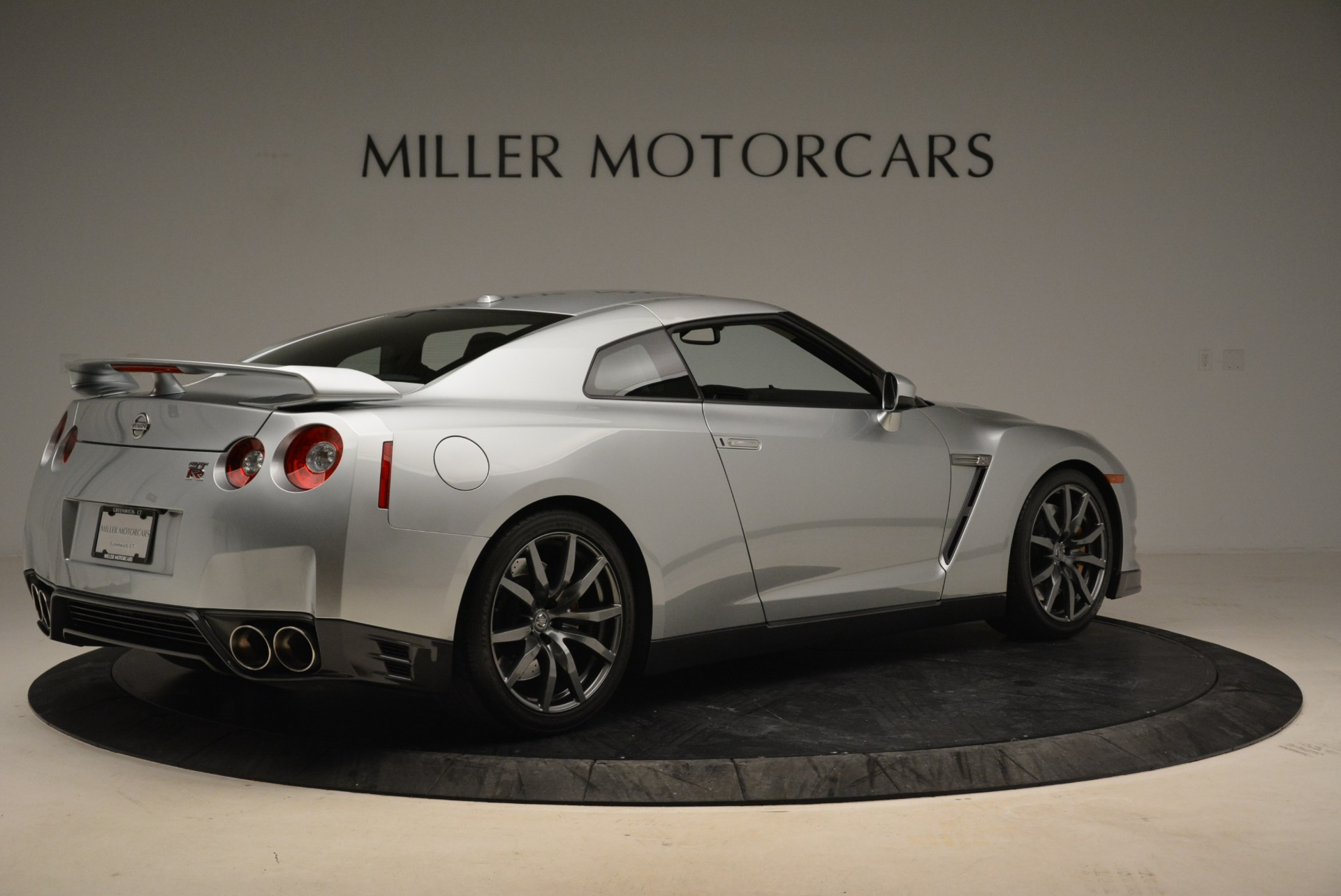 Used 2013 Nissan GT-R Premium For Sale In Westport, CT 2062_p9