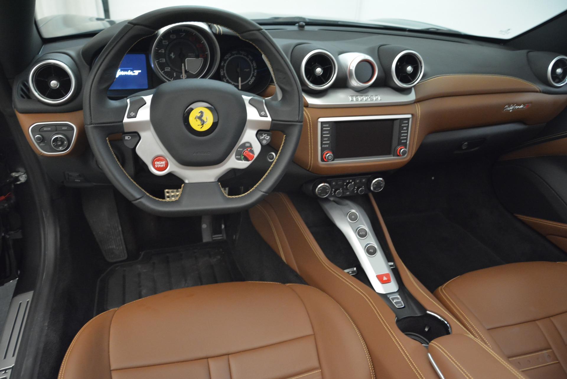 Used 2016 Ferrari California T  For Sale In Westport, CT 2069_p27