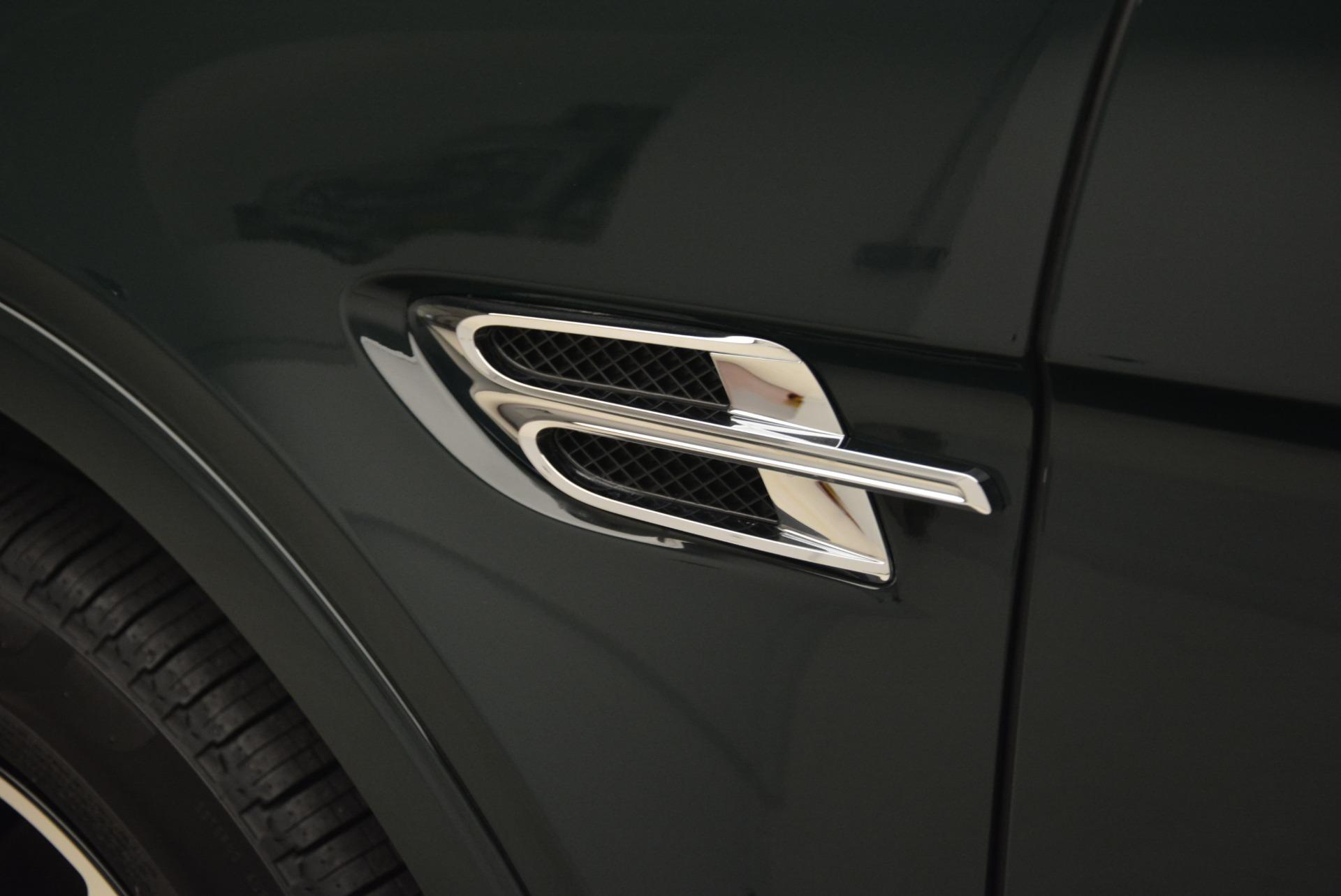 New 2018 Bentley Bentayga Signature For Sale In Westport, CT 2072_p18
