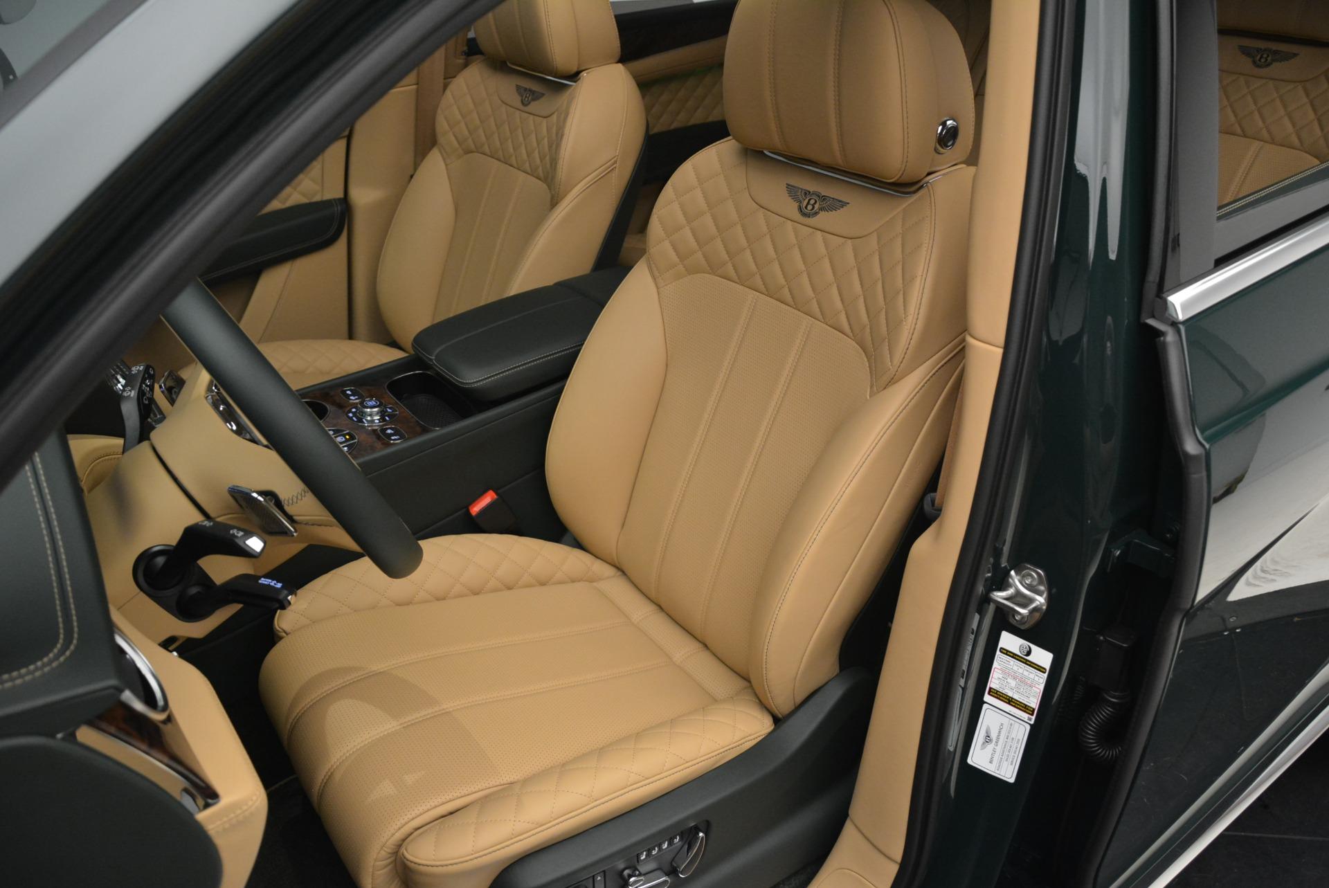 New 2018 Bentley Bentayga Signature For Sale In Westport, CT 2072_p26