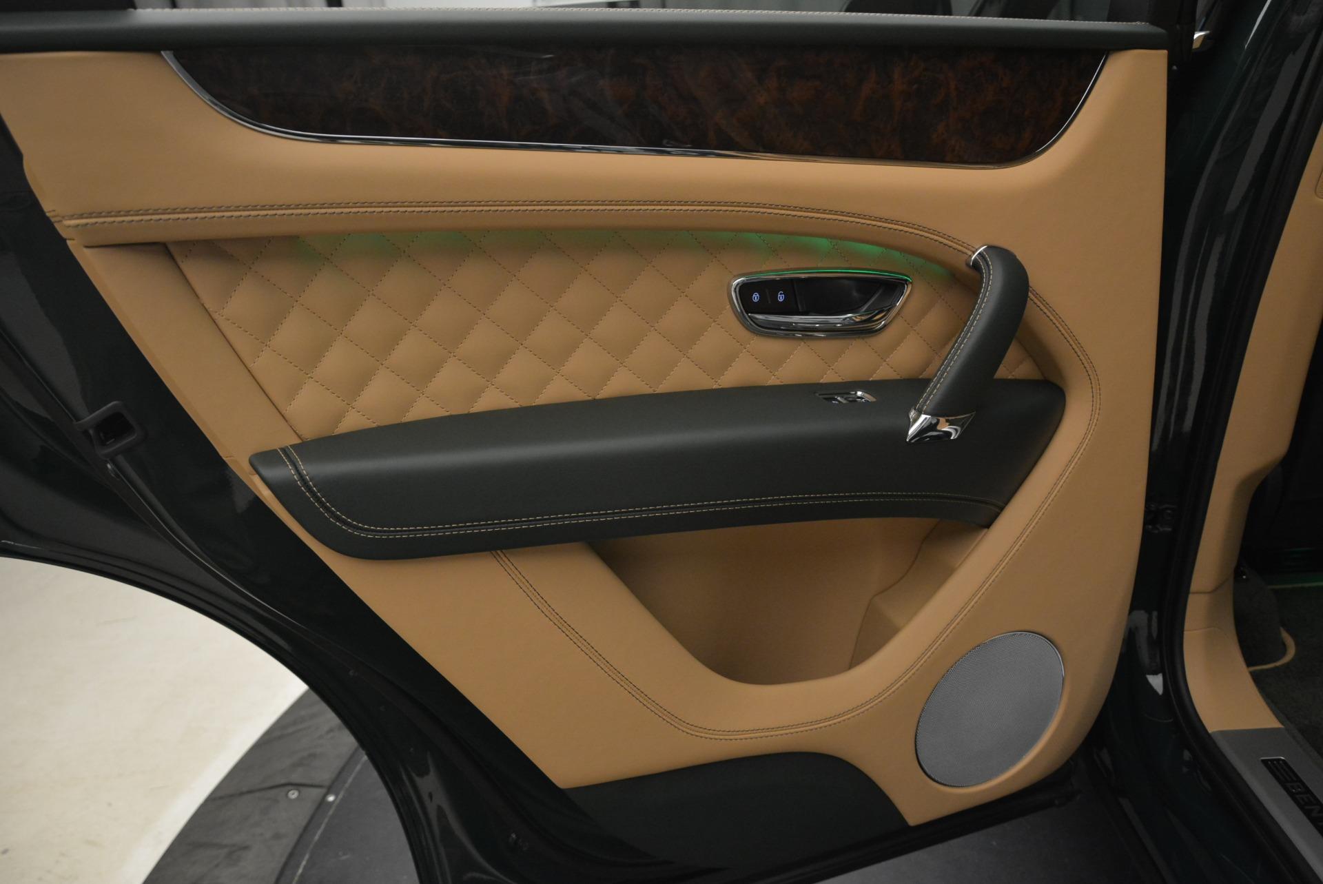 New 2018 Bentley Bentayga Signature For Sale In Westport, CT 2072_p28