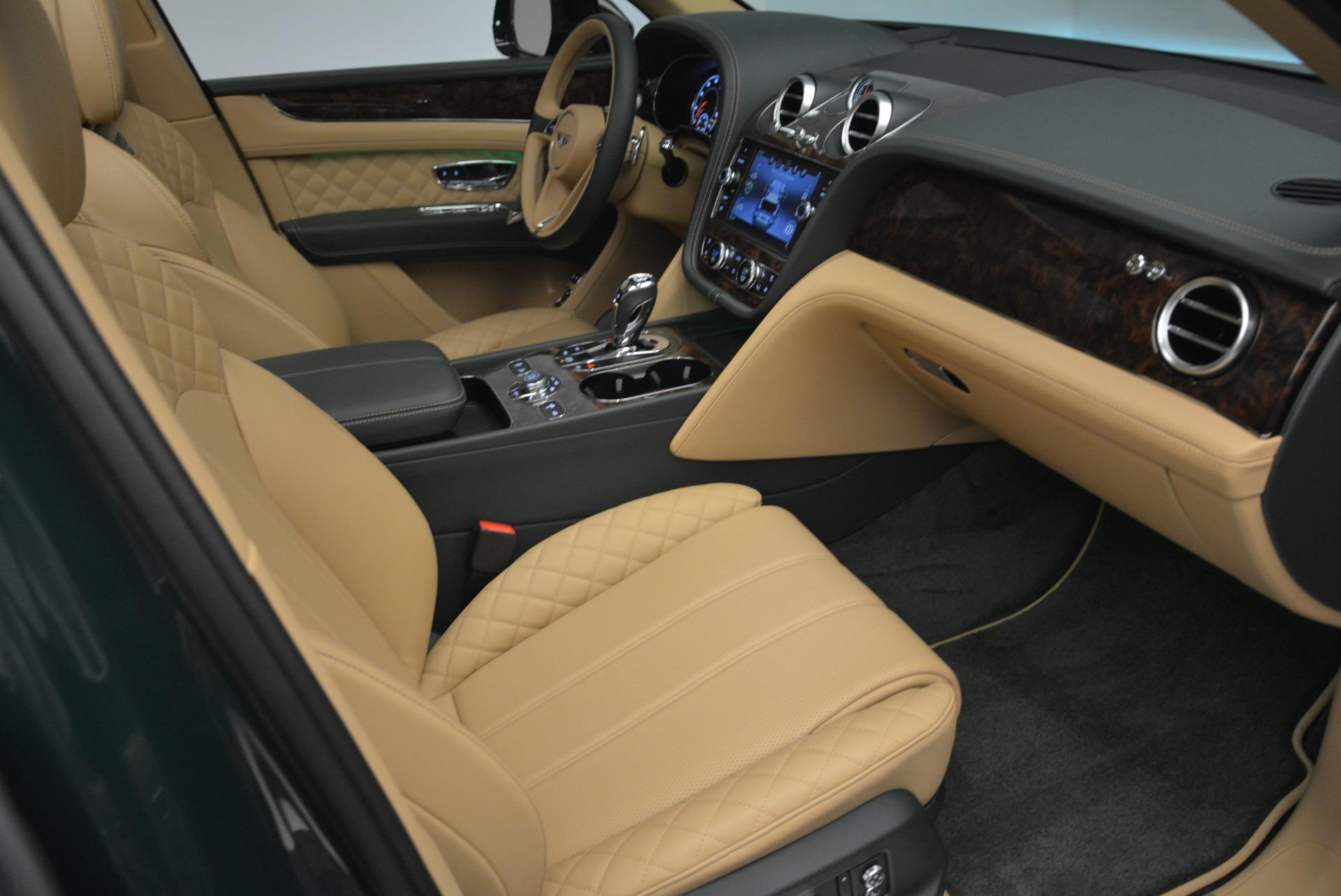 New 2018 Bentley Bentayga Signature For Sale In Westport, CT 2072_p40