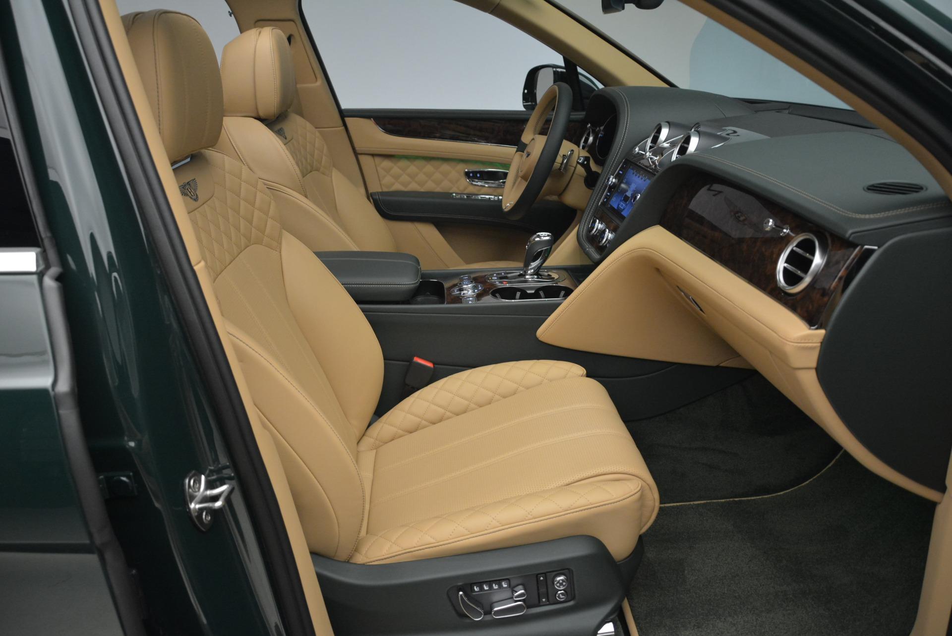 New 2018 Bentley Bentayga Signature For Sale In Westport, CT 2072_p41