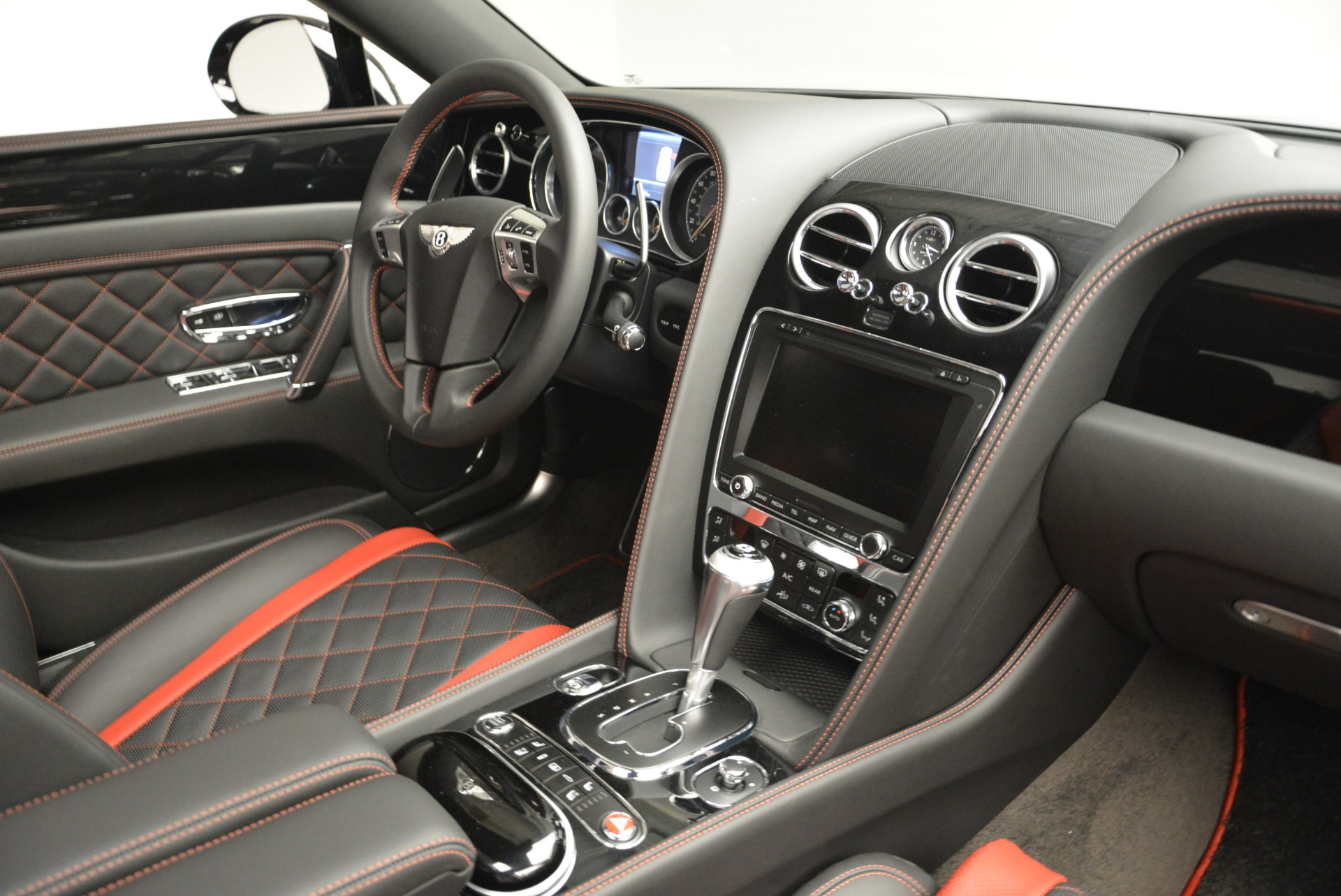 New 2018 Bentley Flying Spur V8 S Black Edition For Sale In Westport, CT 2073_p23